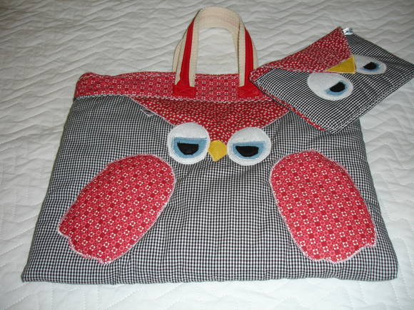 CASE DE TABLET/IPAD CORUJINHAS