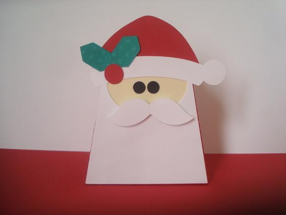 Caixinha em formato de Papai Noel