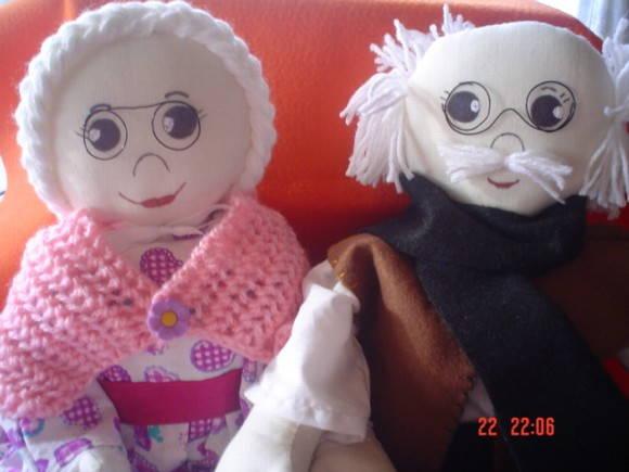 Casal de Bonecos - Vov� e Vov�
