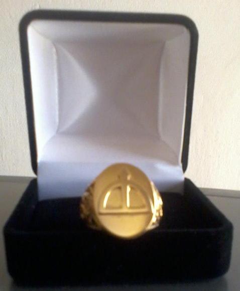 Anel Orix� Oxoss� banhado � ouro 18k