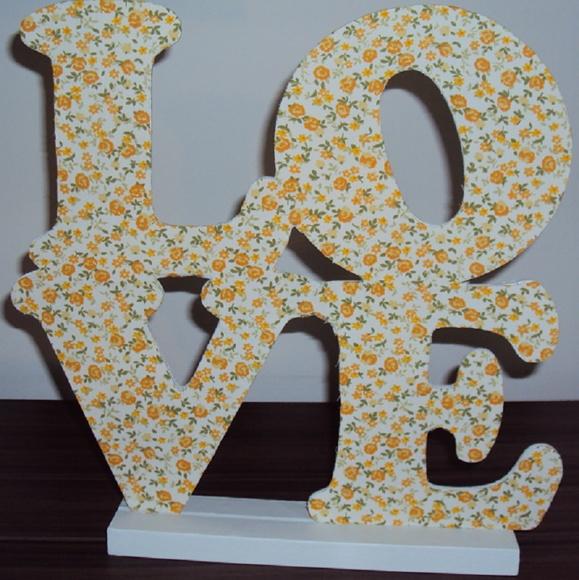 Artesanato Significado ~ Letras decorativas LOVE MDF no Elo7 LEKA ARTE EM TECIDOS (42AF64)