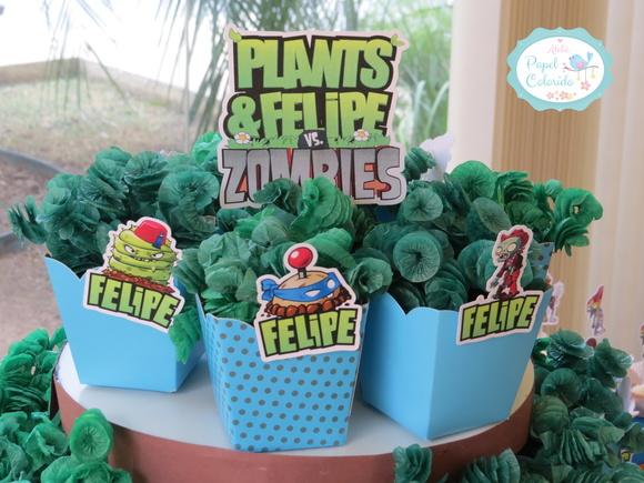 decoracao festa zumbi:kit-festa-plantas-vs-zombis-papelaria-personalizada-plantas-vs-zumbis