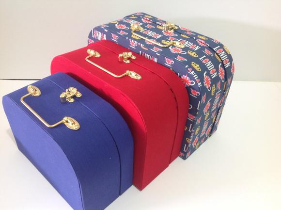 decoracao festa londres:Trio de maletas de tecido Londres
