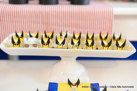 decoracao festa wolverine : decoracao festa wolverine:Forminha para doces Wolverine