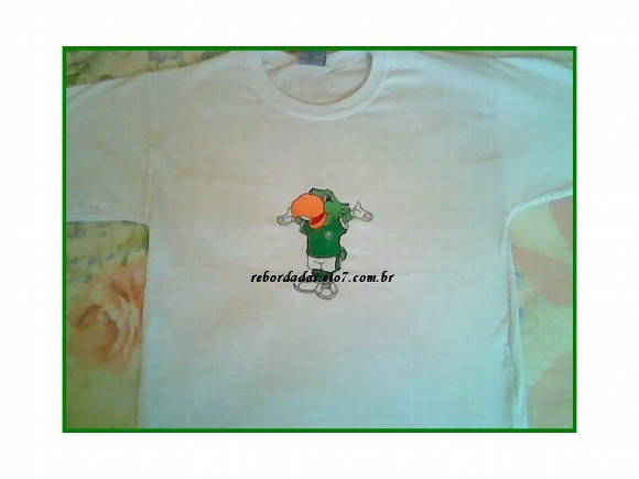 Camiseta Infantil Bordado