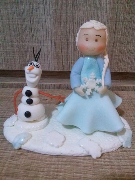 topo de bolo frozen elza