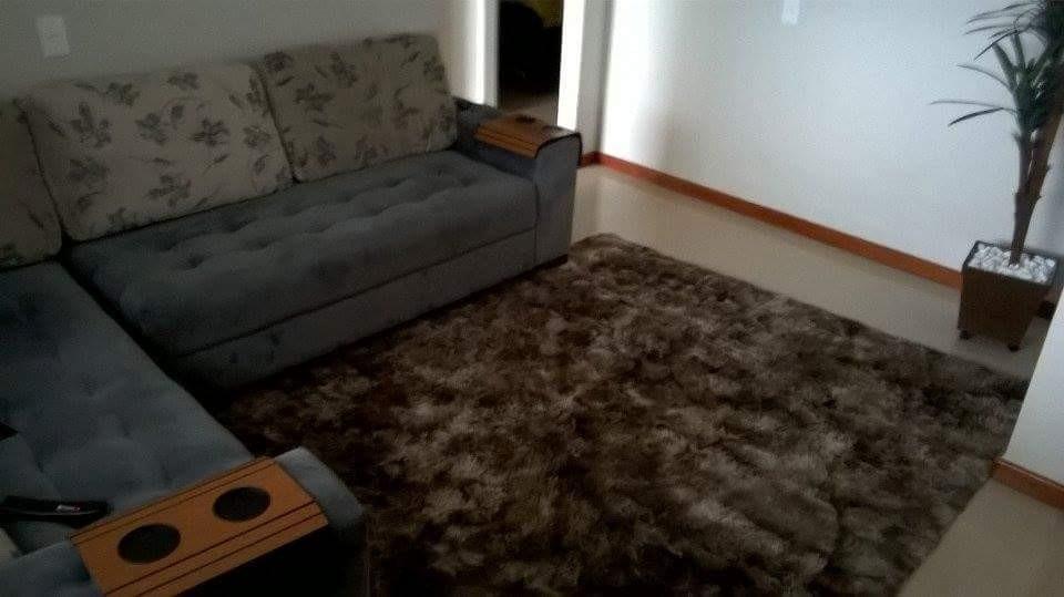 Tapetes para sala de estar marrom id ias for Tapetes para sala de estar 150x200