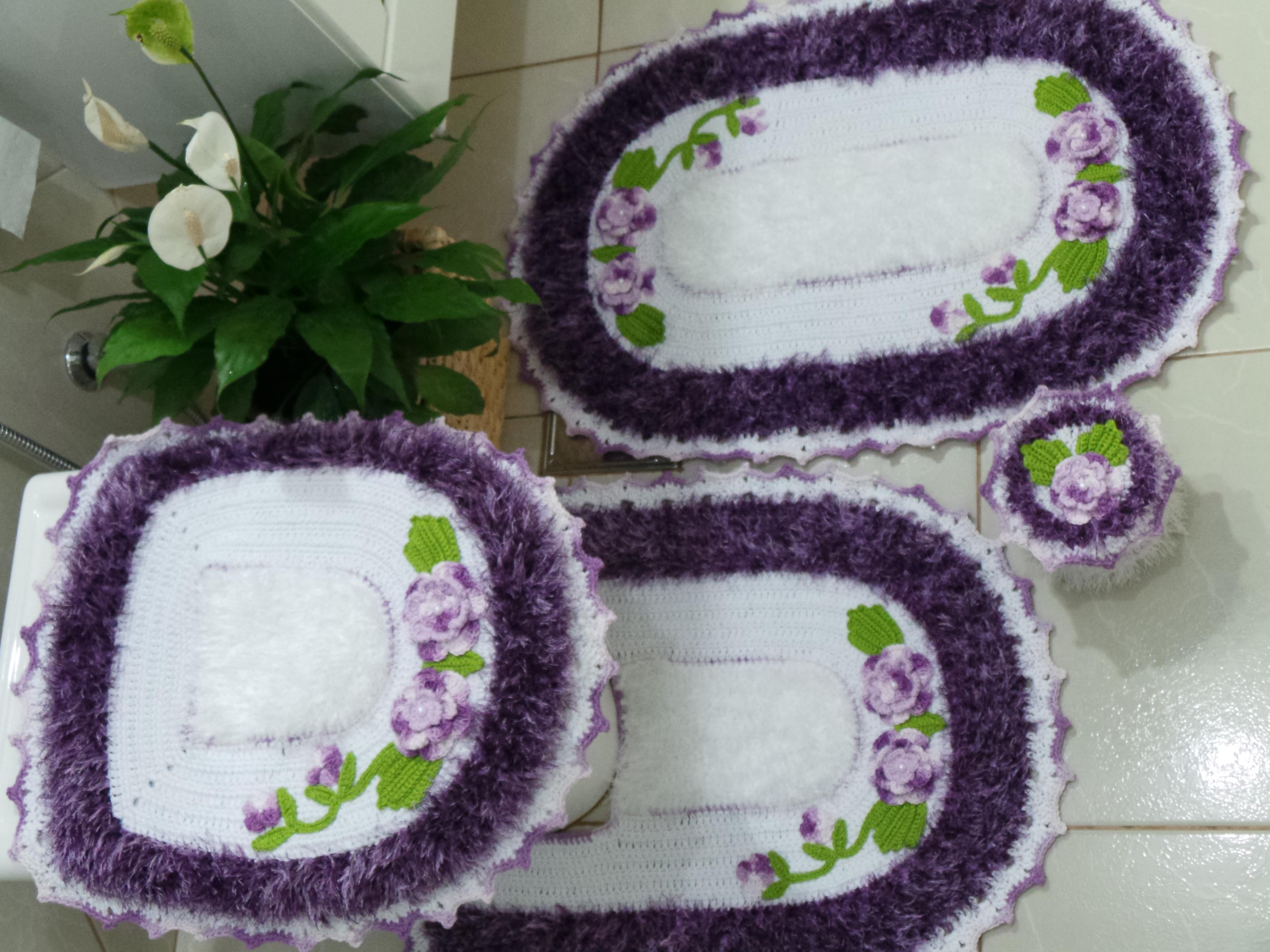 Tapete para banheiro roxo : Jogo tapete maravilha roxo e branco bya bordados elo