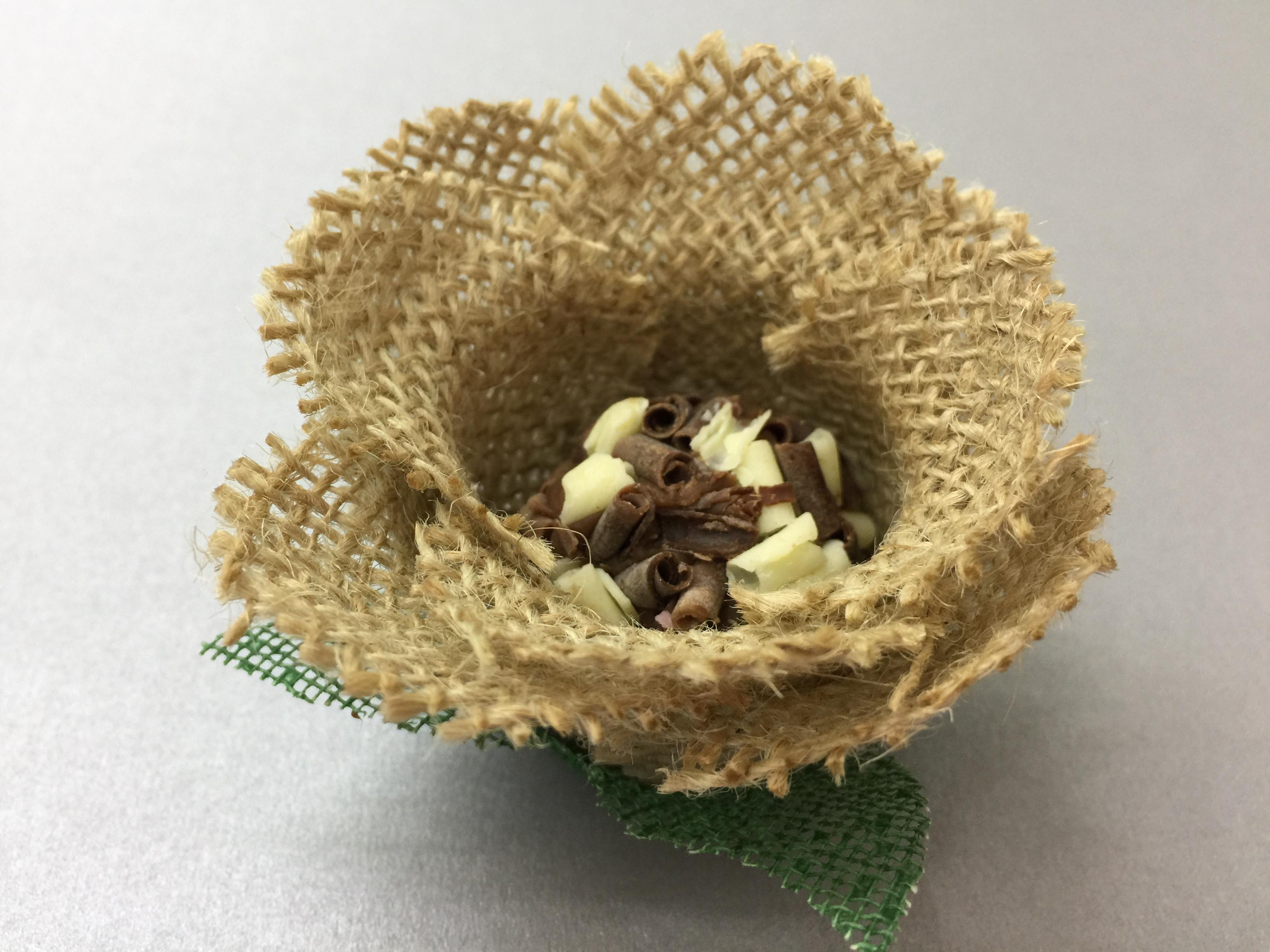 Bolsa De Juta E Tecido : Forminha para doces em tecido rosa juta amp arts formas