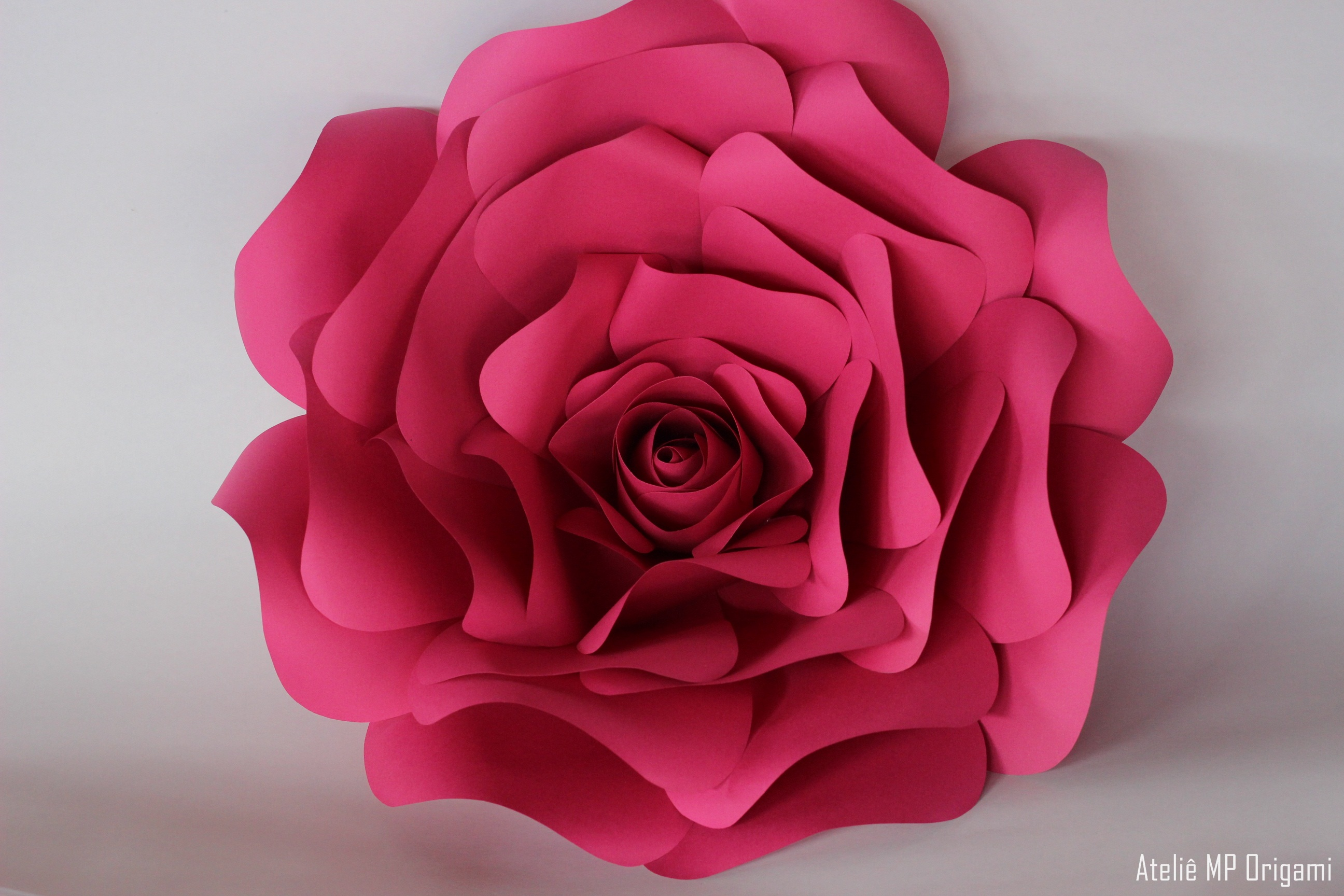 Rosas de papel amazing foto i creative ideas with rosa de for Rosas de papel