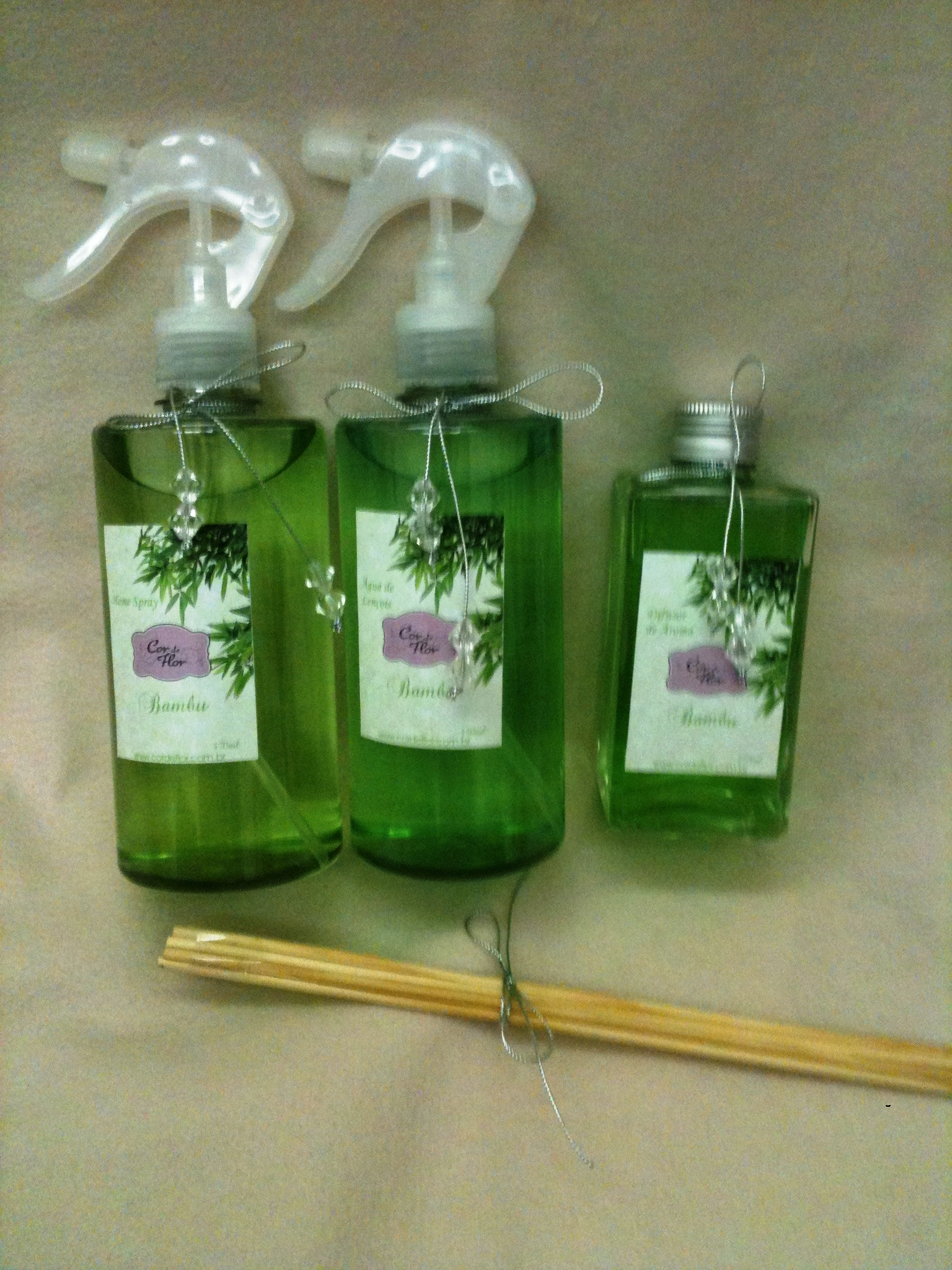 Kit perfumes para casa cor de flor elo7 - Perfumes en casa ...