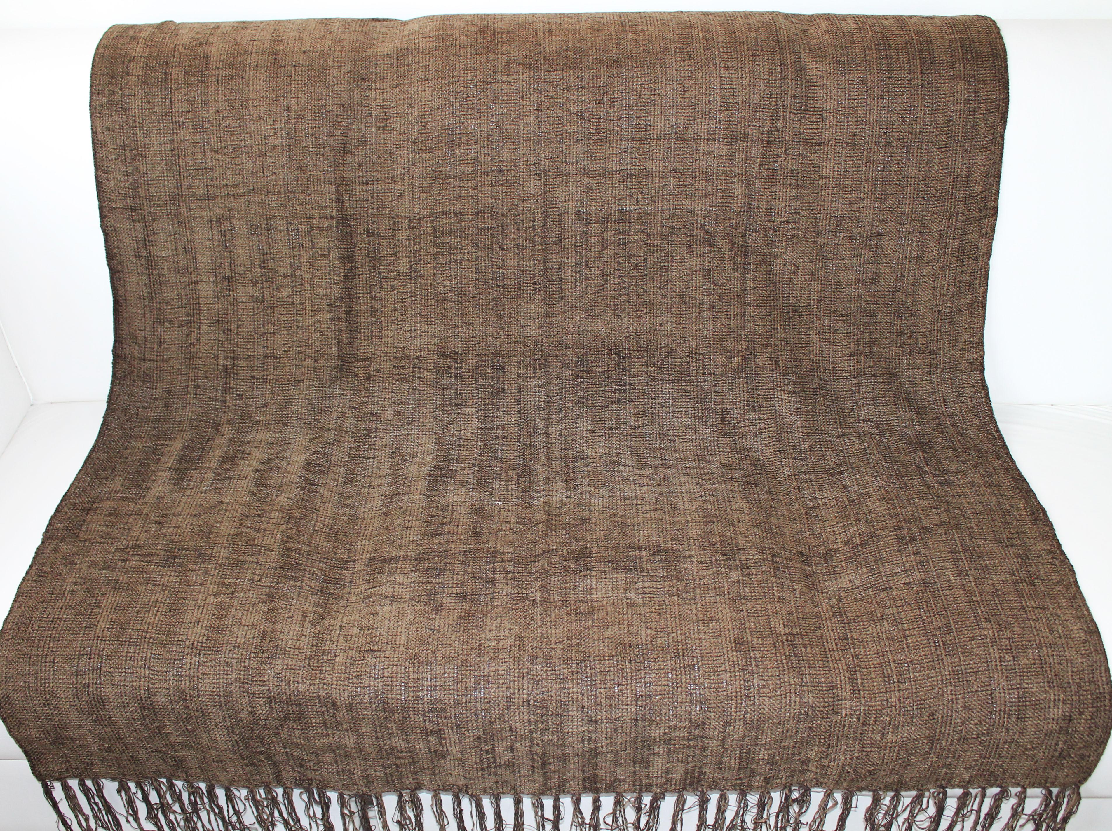 Manta para sof chinille marron artesanato teares de - Manta de sofa ...