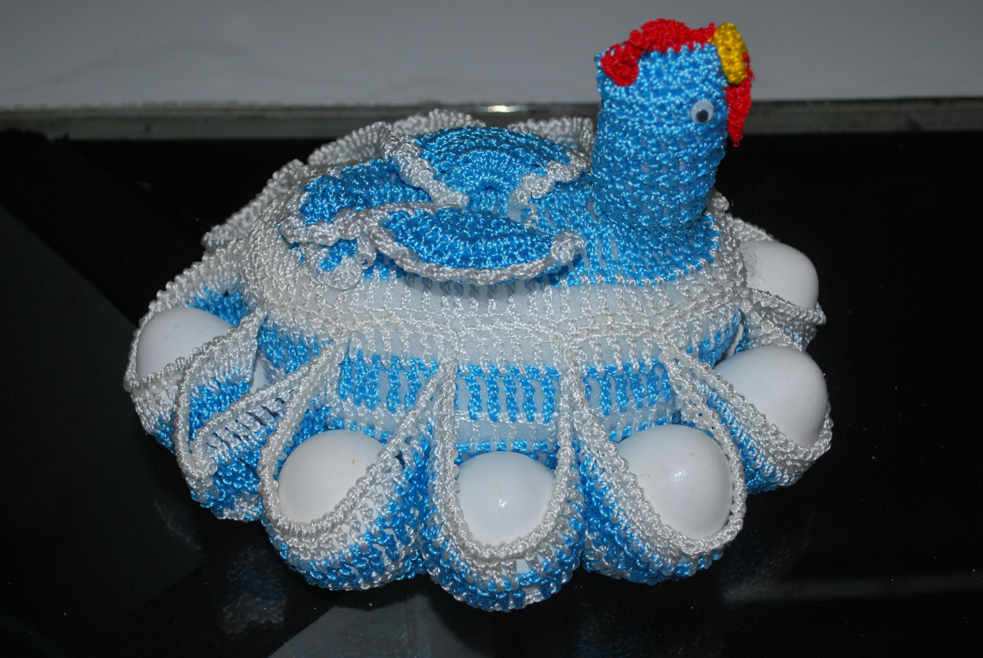 Porta ovos galinha em crochê Porta ovos galinha em crochê