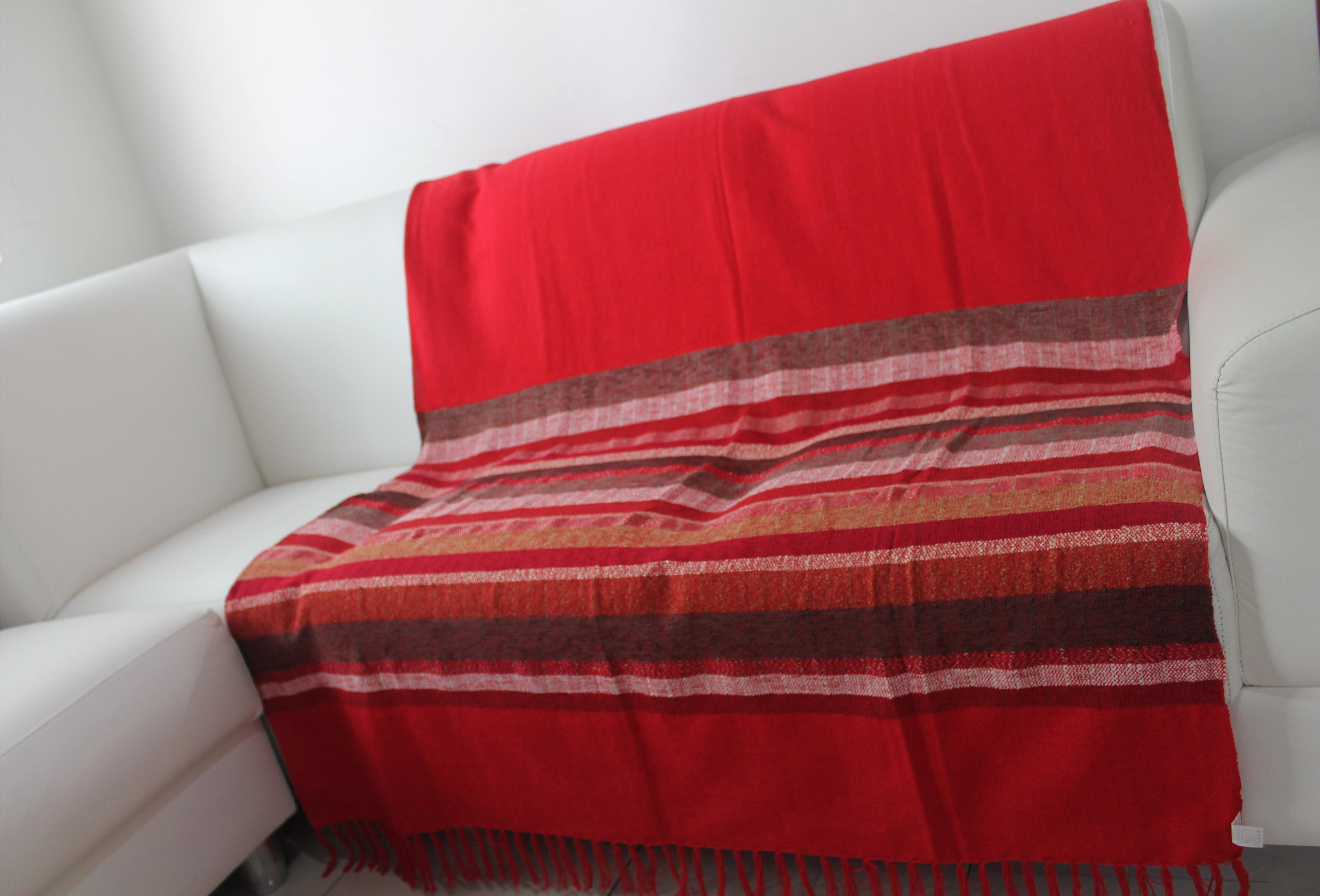 Manta para sof mesclada vermelha artesanato teares de - Manta de sofa ...