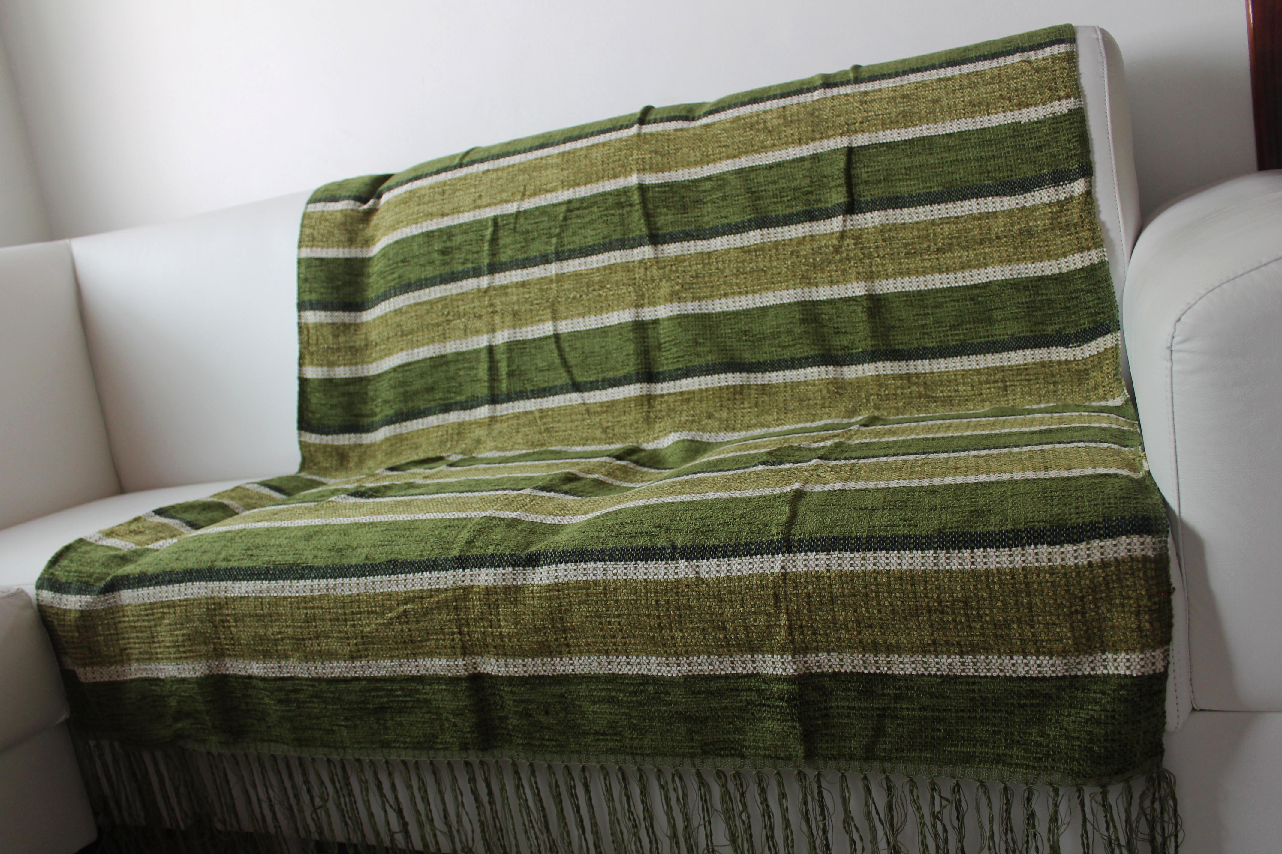 Manta para sof chinille verde artesanato teares de for Mantas para sofas