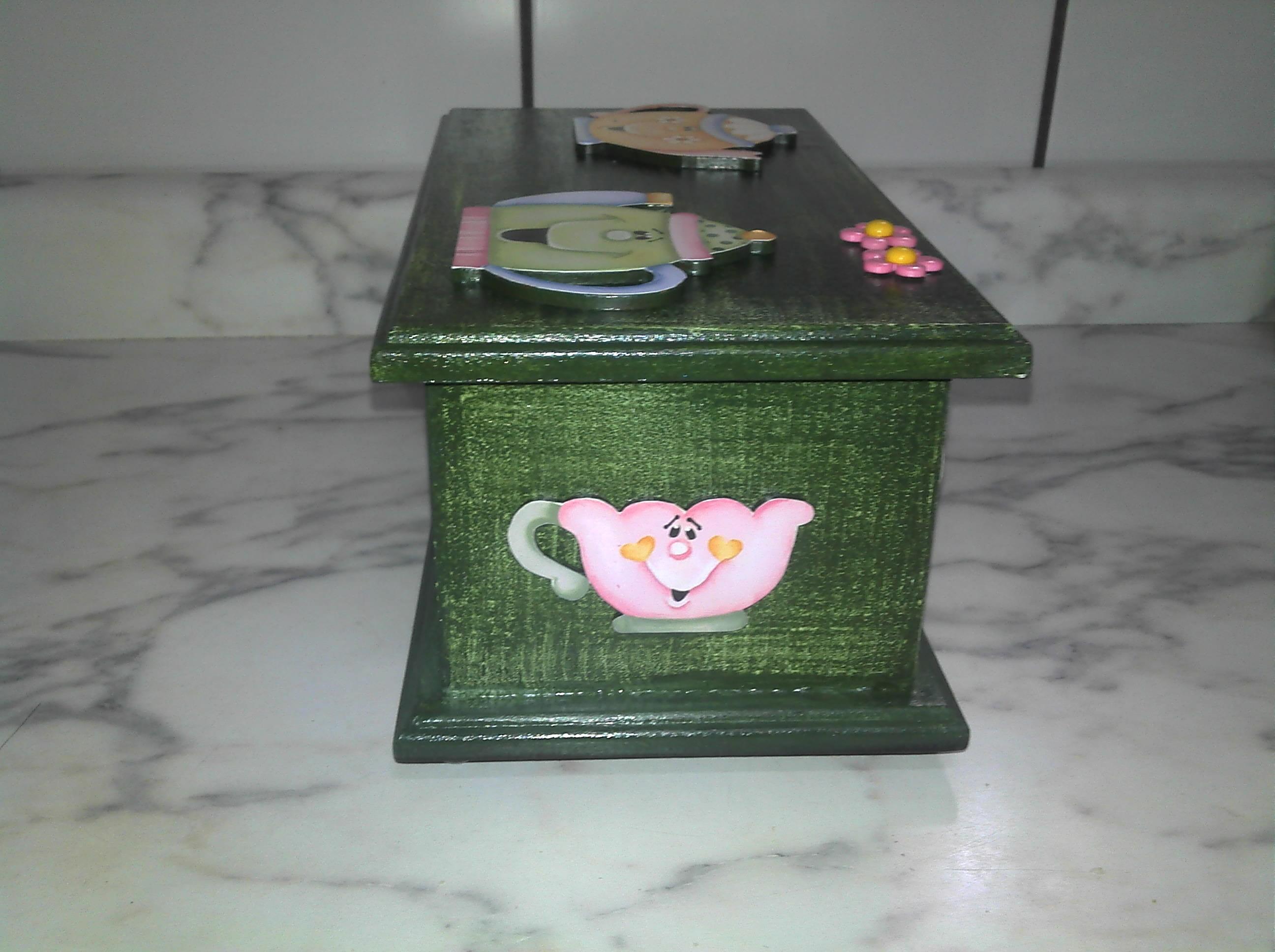 de cha com decoupage em madeira caixa de cha com decoupage em madeira  #846F47 2592x1936