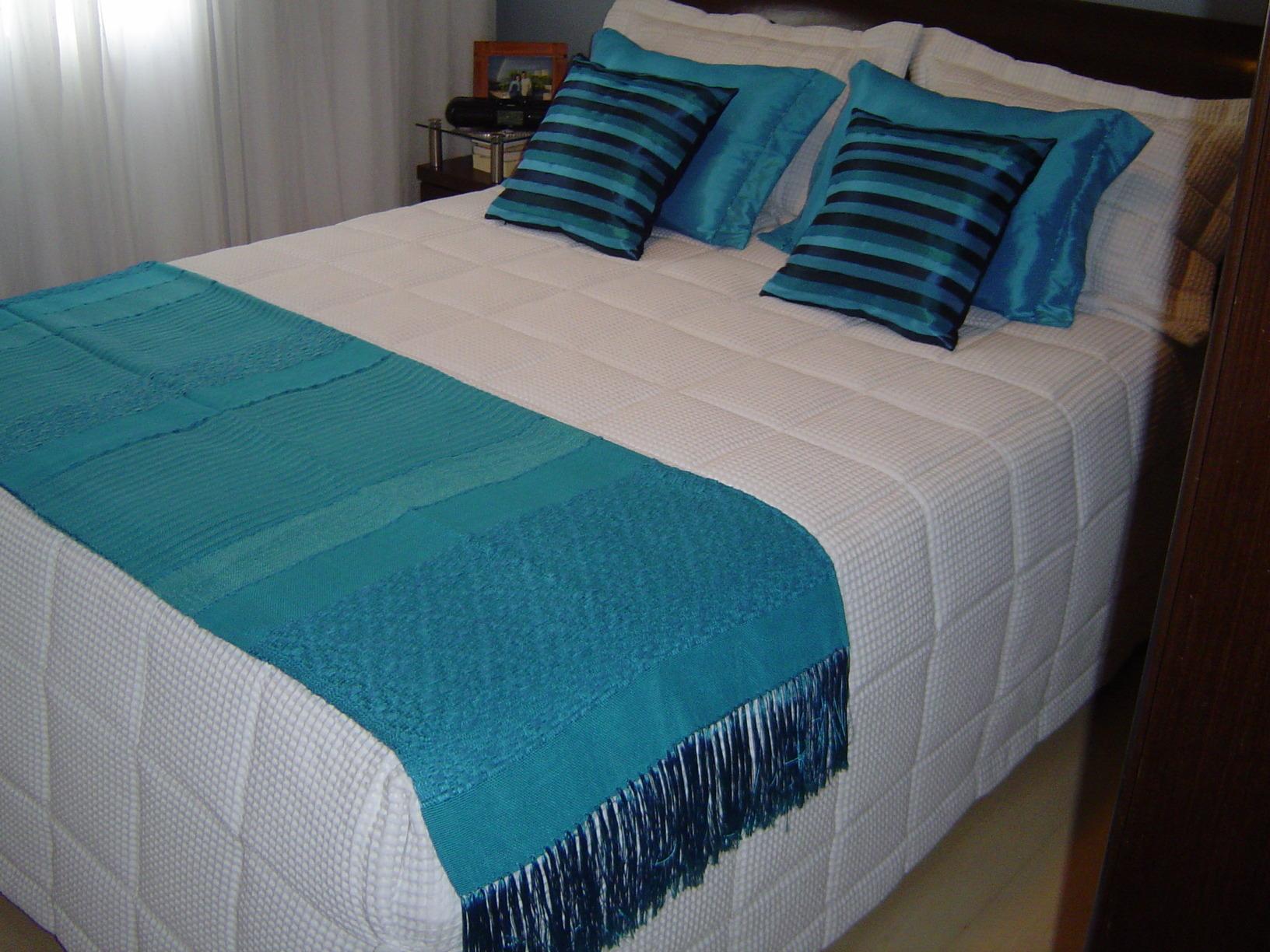 Mantas beira cama arte em decora o elo7 - Ikea mantas para camas ...