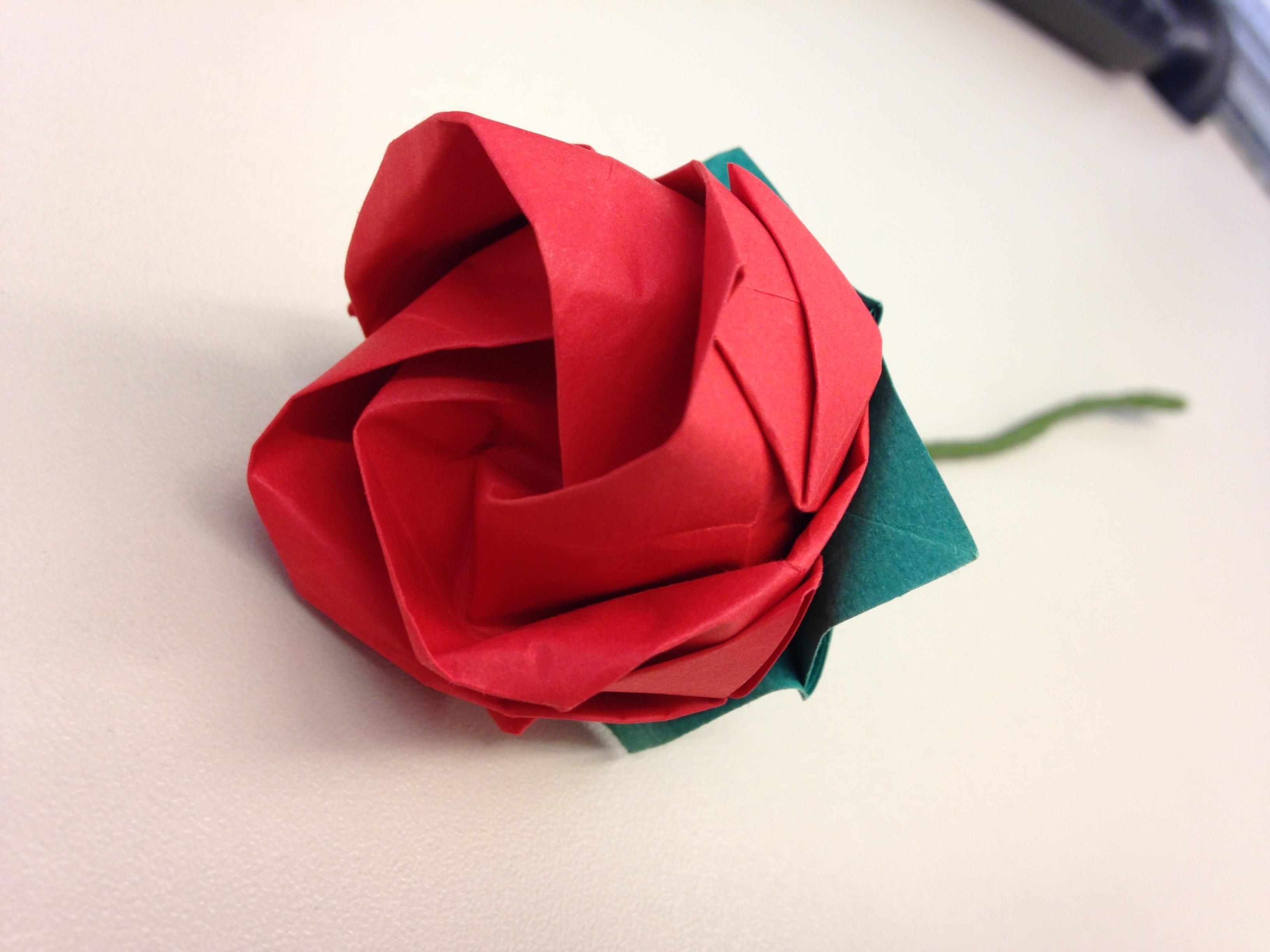 rosa em origami plicat elo7