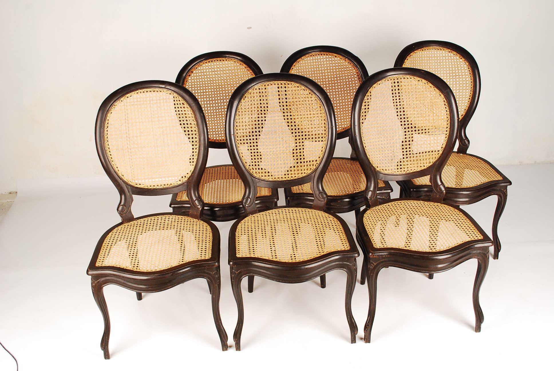 Cadeira de Balanço austríaca Thonet #A16F2A 1936x1296