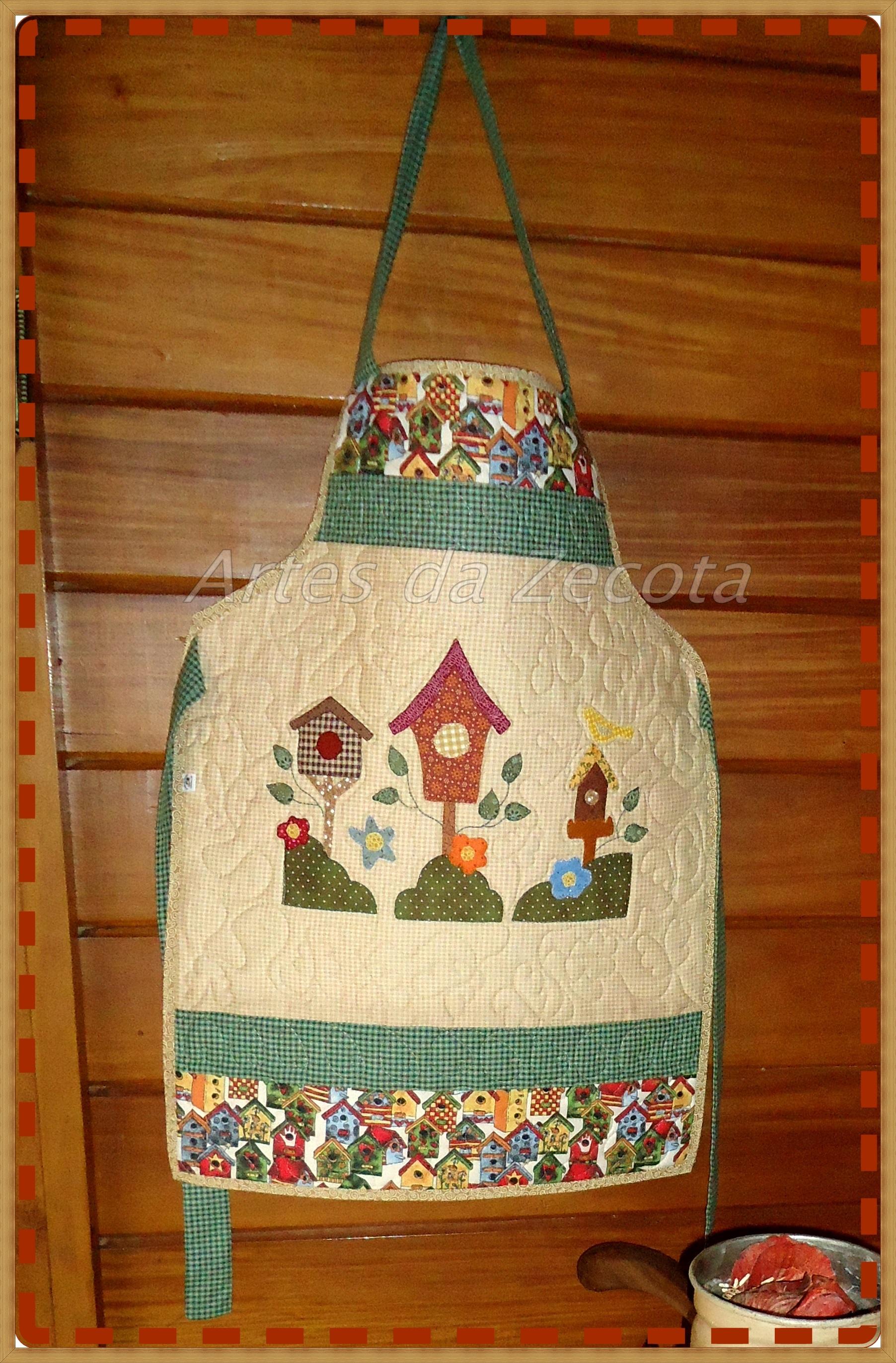 Avental patchwork casa de passarinhos artes da zecota elo7 - Patchwork en casa ...