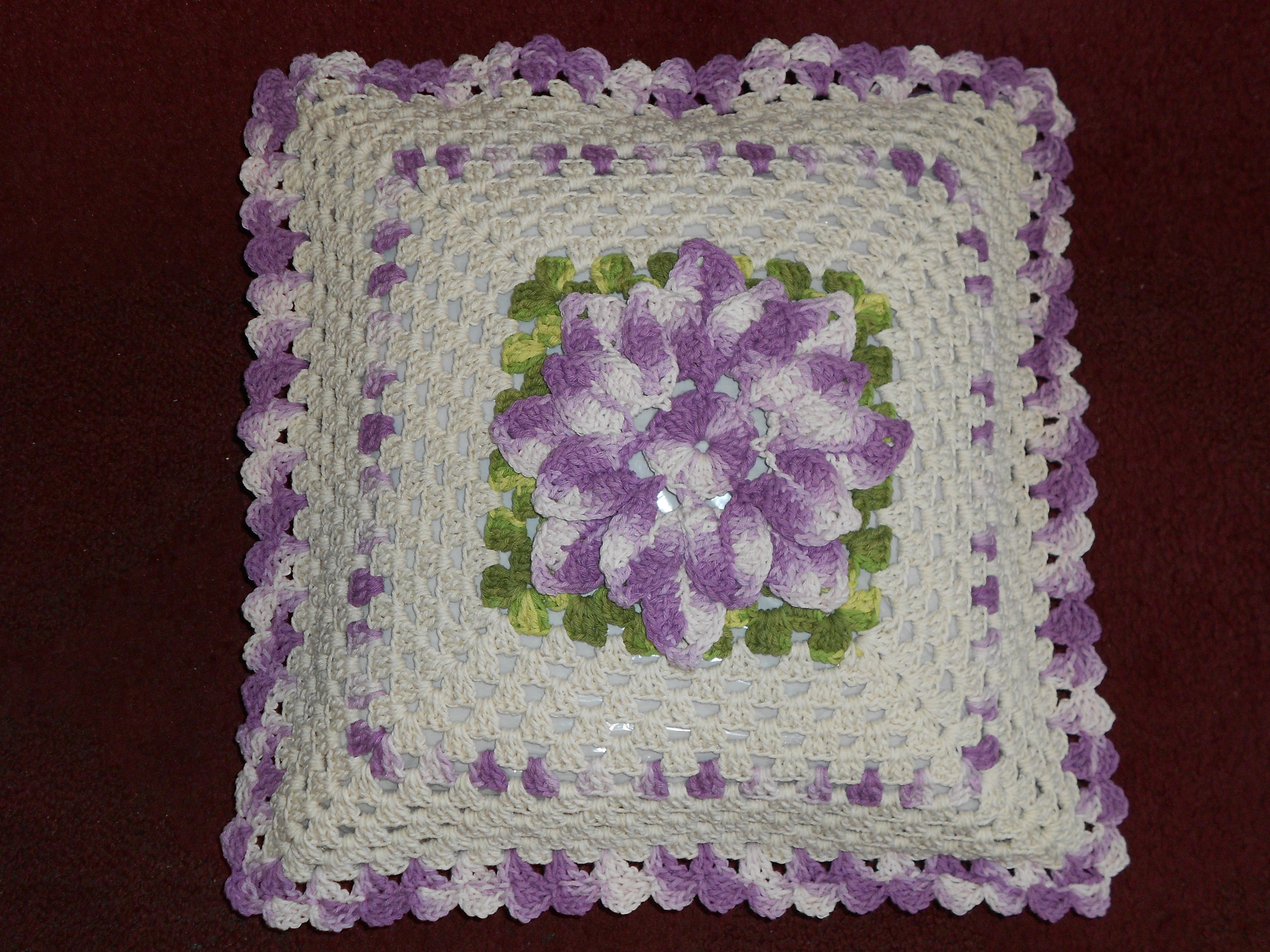 Capa para almofada de crochê floral Capa para almofada de crochê