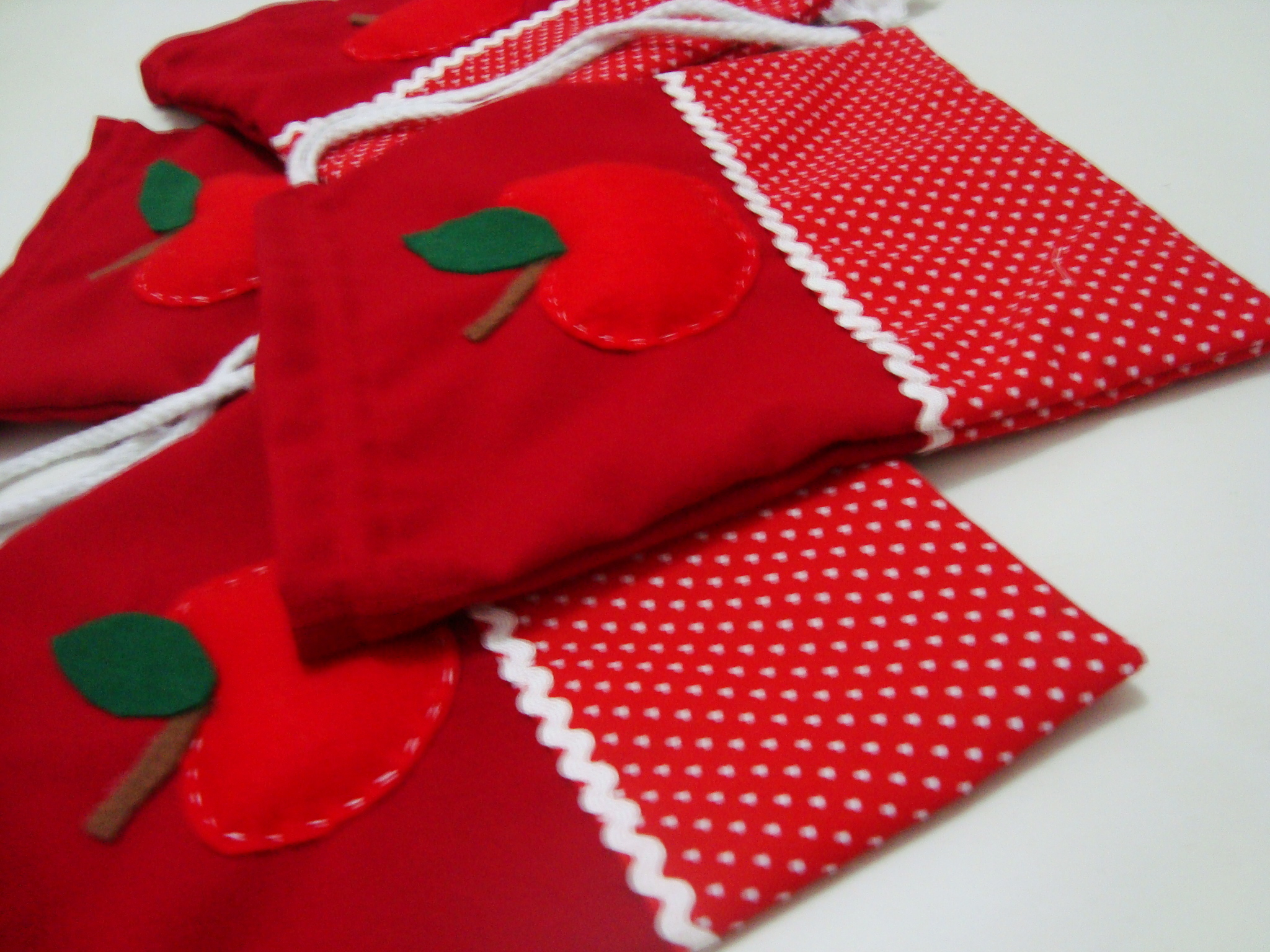 Bolsa De Festa De Feltro : Bolsa em tecido com aplica??o feltro papelarte festas