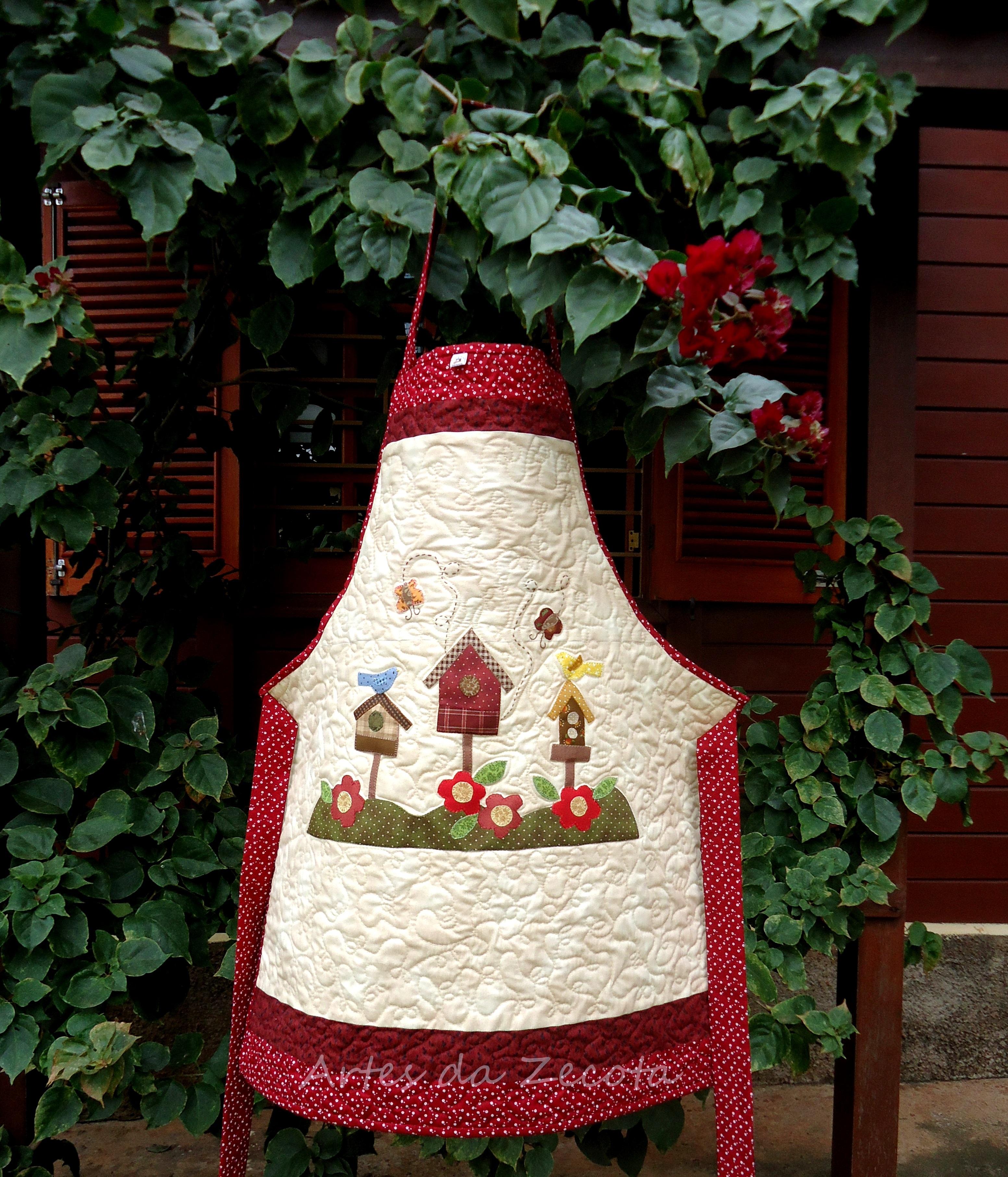 Avental de patchwork casa de passarinhos artes da zecota - Casas de patchwork ...
