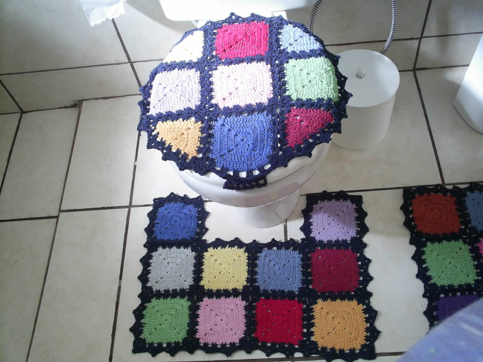 Imagens de #6E1631 jogo de banheiro quadrados coloridos jogo de banheiro quadrados  1600x1200 px 3316 Boutique Do Banheiro Campo Grande Ms