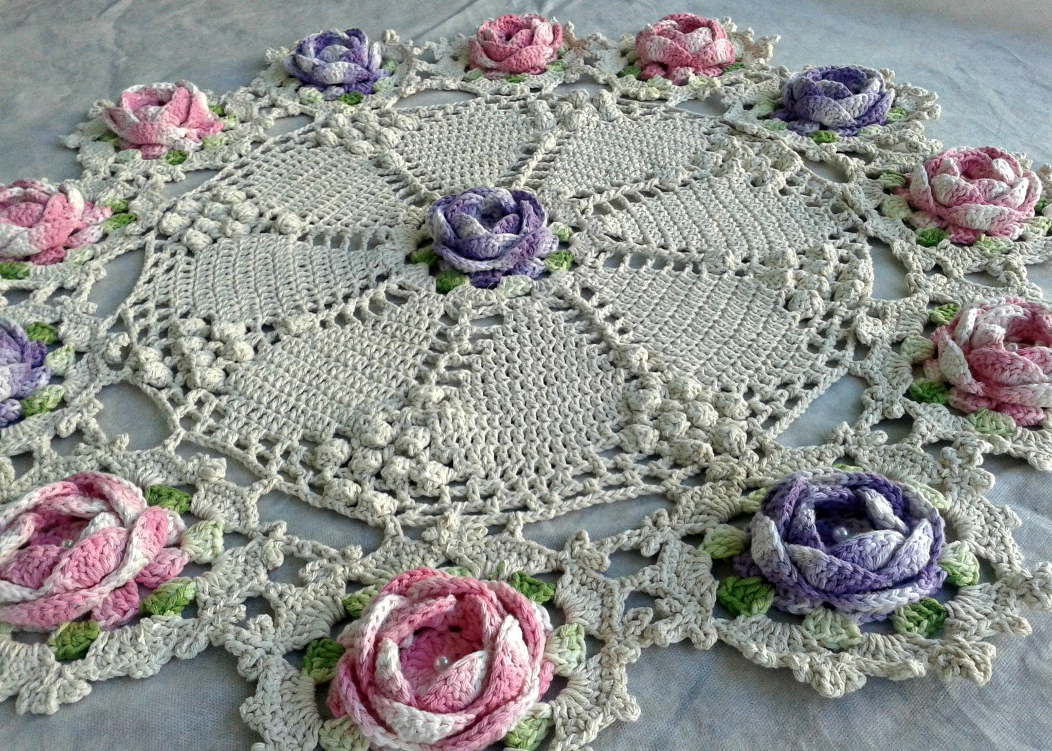 Tapetes com barbante barroco tattoo design bild for Tapetes de crochet