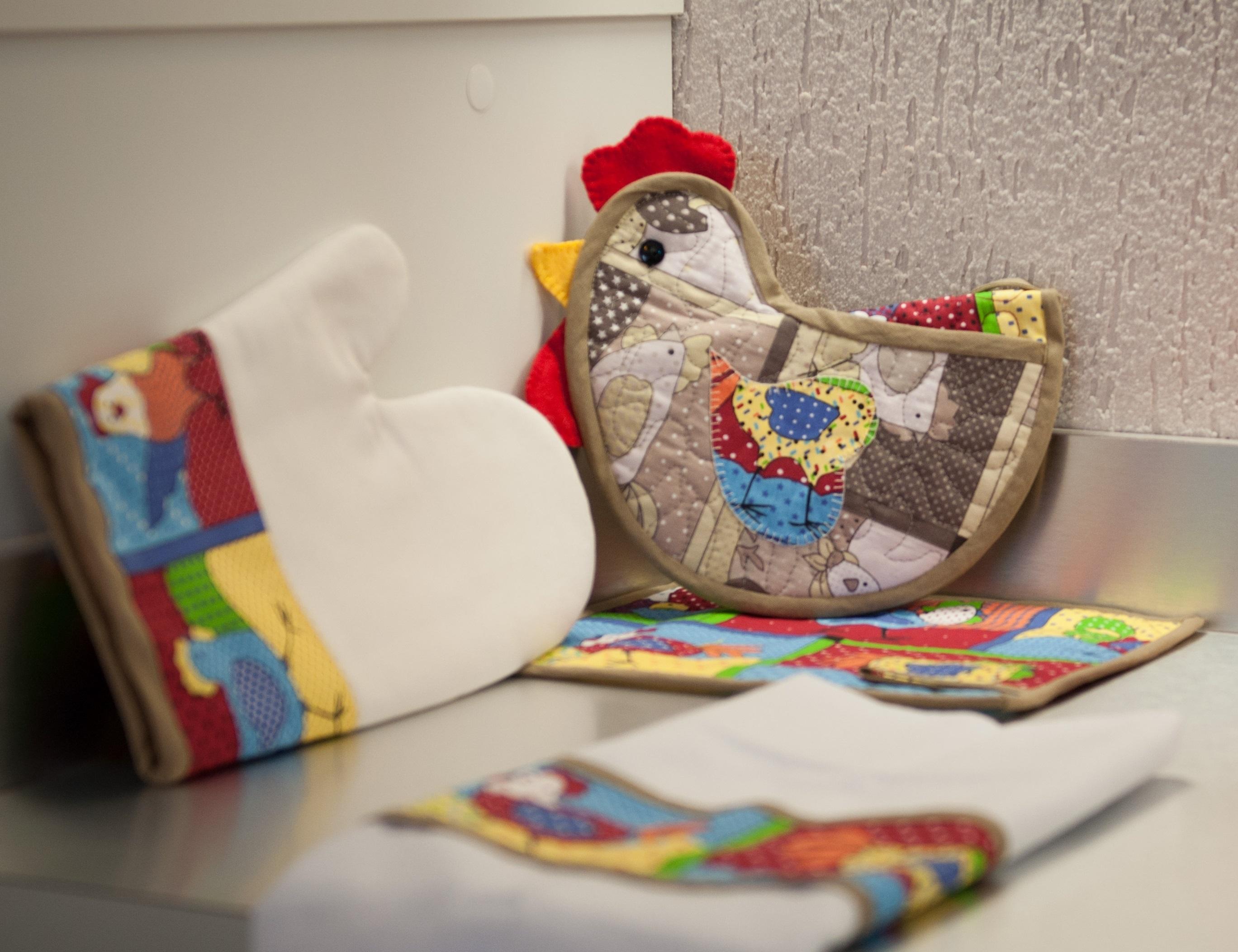 kit decoracao cozinha:Kit Cozinha Patchwork Galinha Colorida