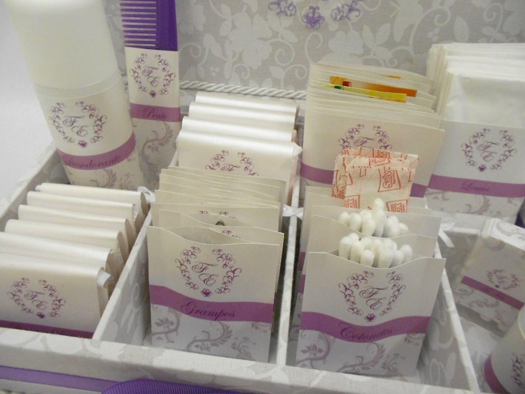 Kit Toalete Casamento Brasilia : Caixa kit toalete bordada para casamentos car interior