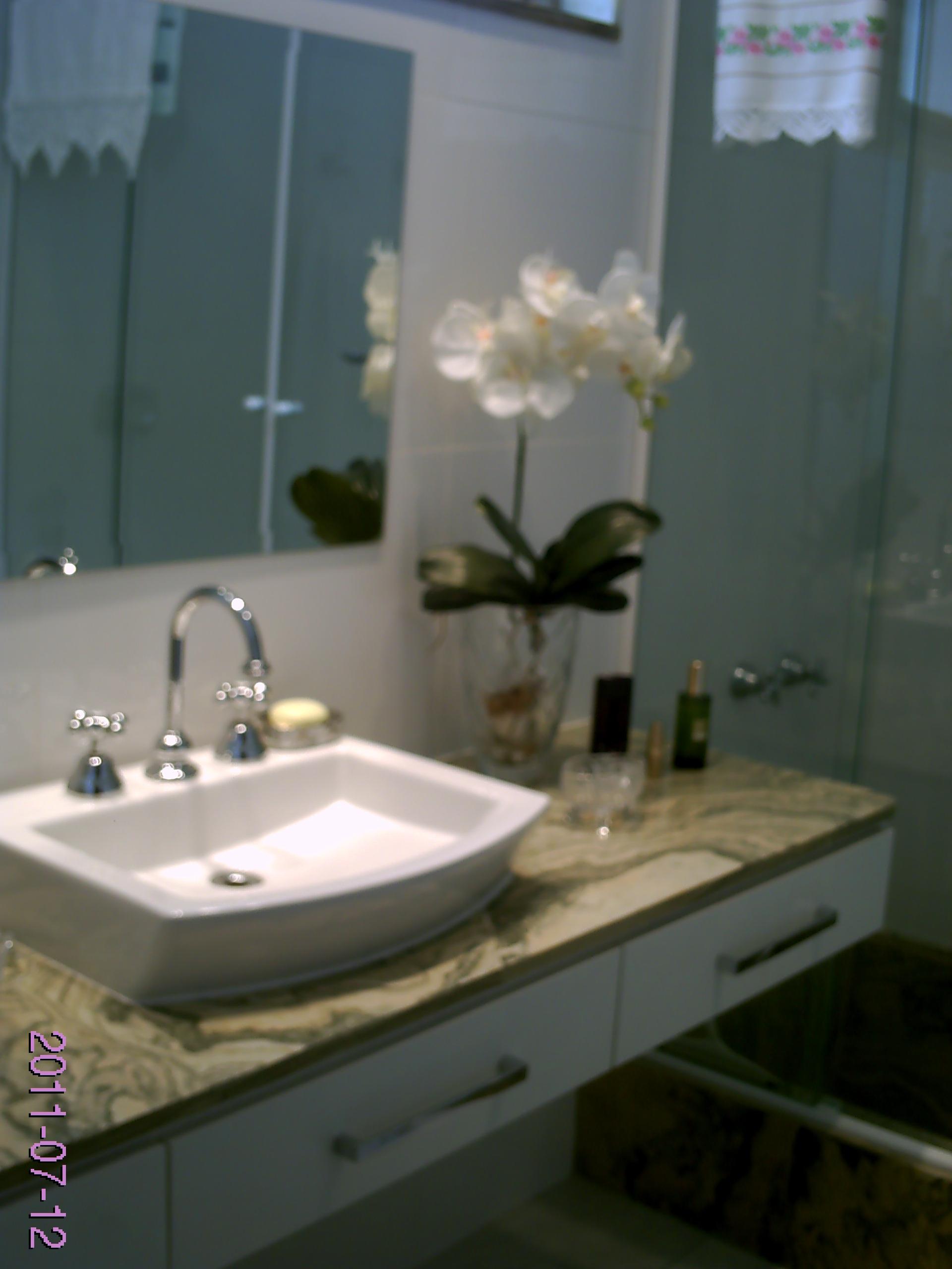 Armario Para Banheiro Bonatto Branco 1 Porta 8649 56145 1 Product J Pictures  -> Armario Banheiro Bonatto