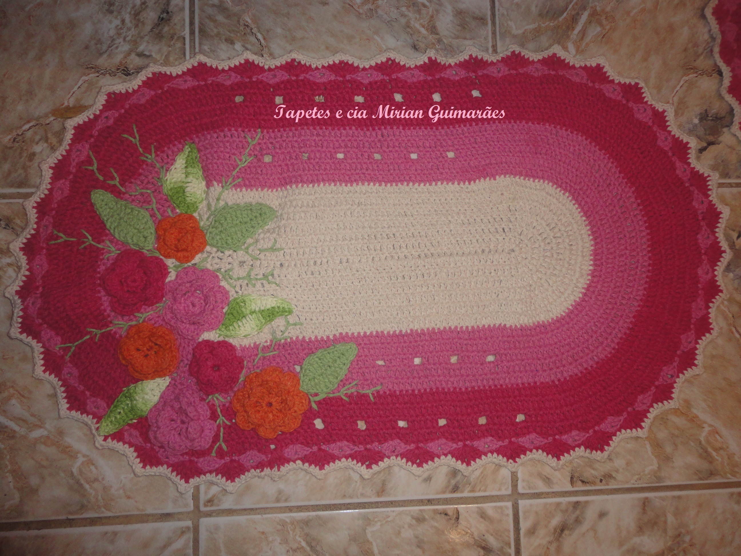 tapete rosa jardim encantado  Tapetes e cia Mirian Guimarães  Elo7