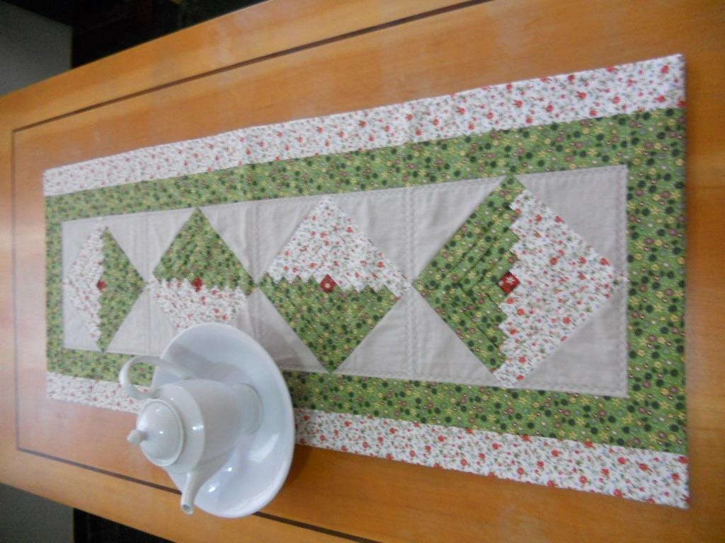 Superb img of Trilho Log Cabin Patchwork Luisa Zafred artesanato em tecido  with #7C4A1C color and 1024x768 pixels