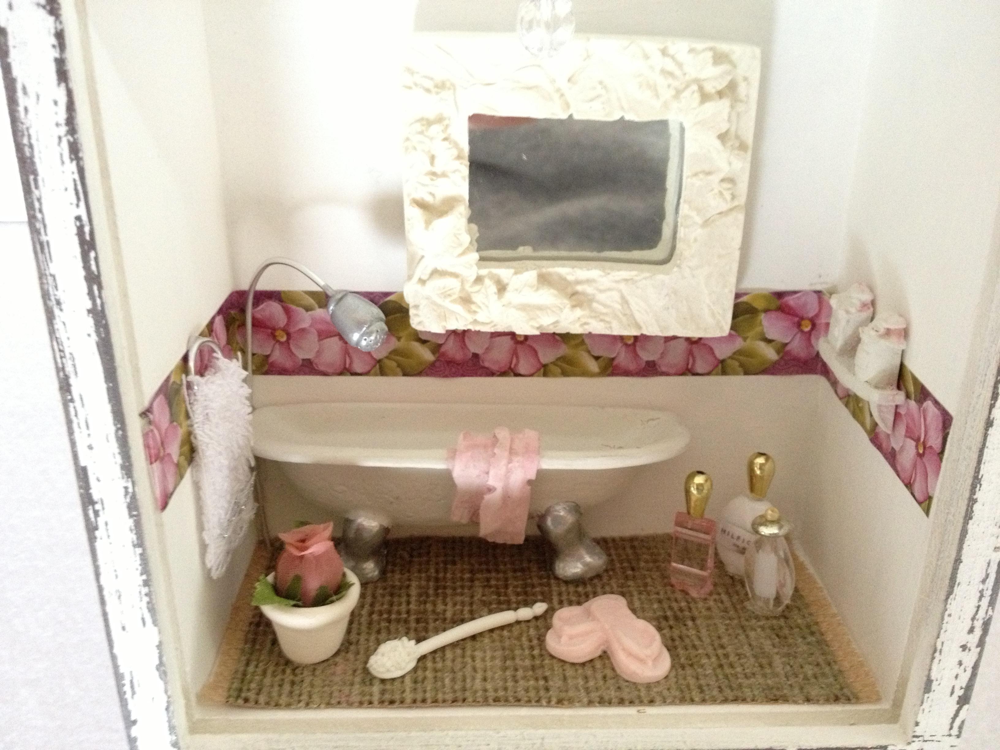 quadro banheiro pequeno resina decoracao quadro banheiro pequeno  #412914 3264x2448 Banheiro Com Banheira Pequeno