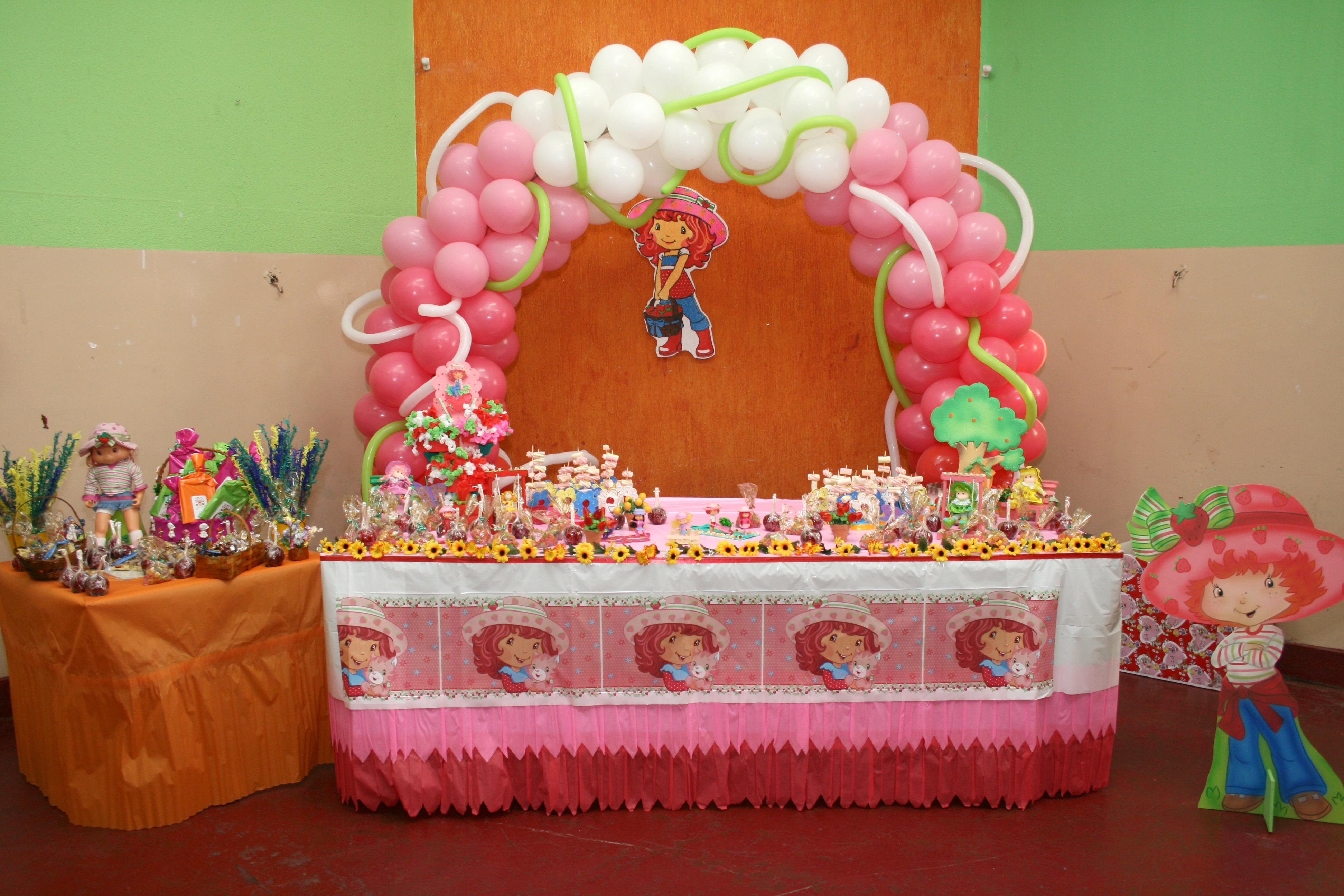 112. decoracao para festa infantil xuxinha:decoracao de festa infantil  #7F2917 3888 2592