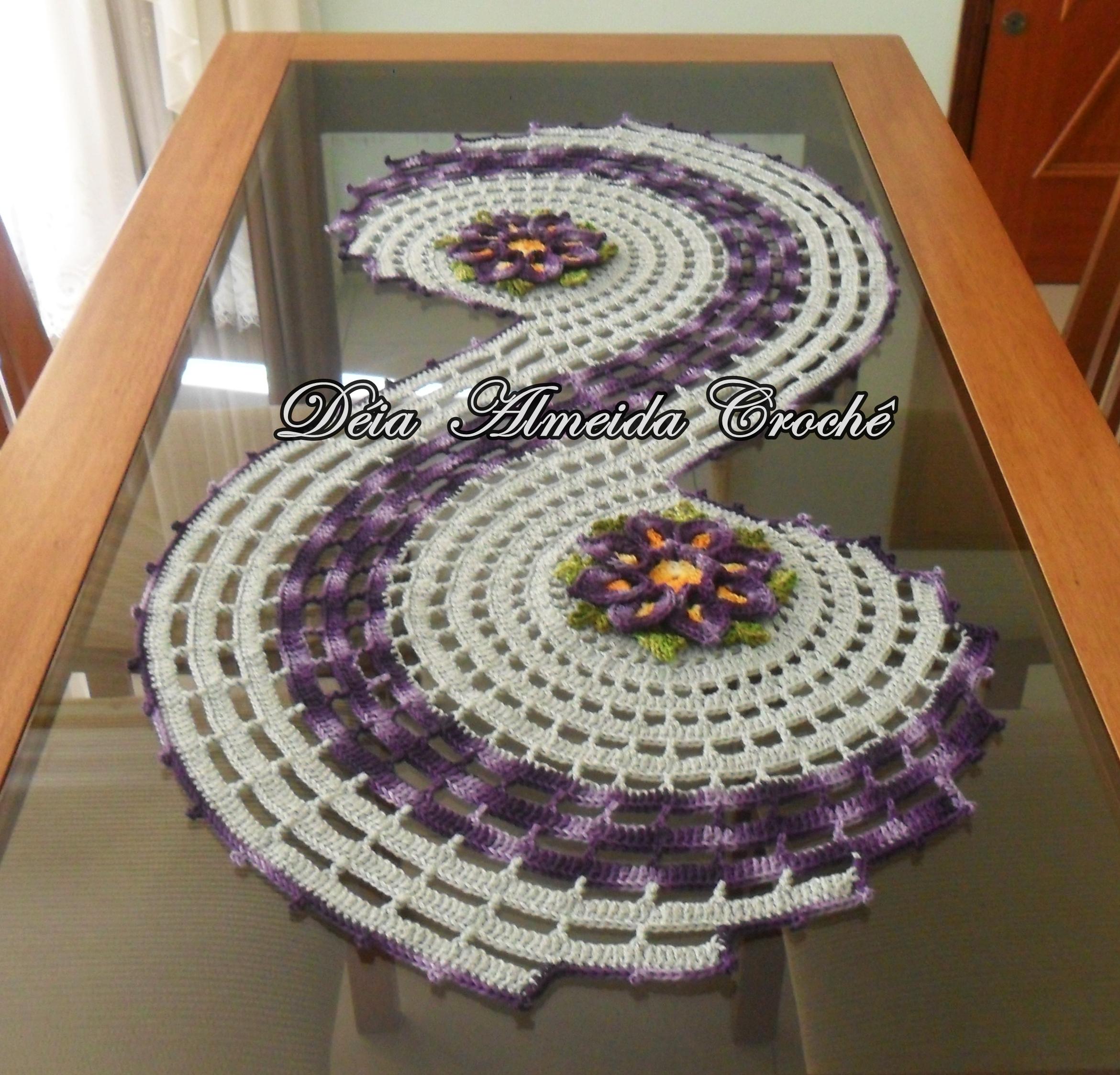 Caminho de mesa espiral d ia almeida croch elo7 for Tapete mesa