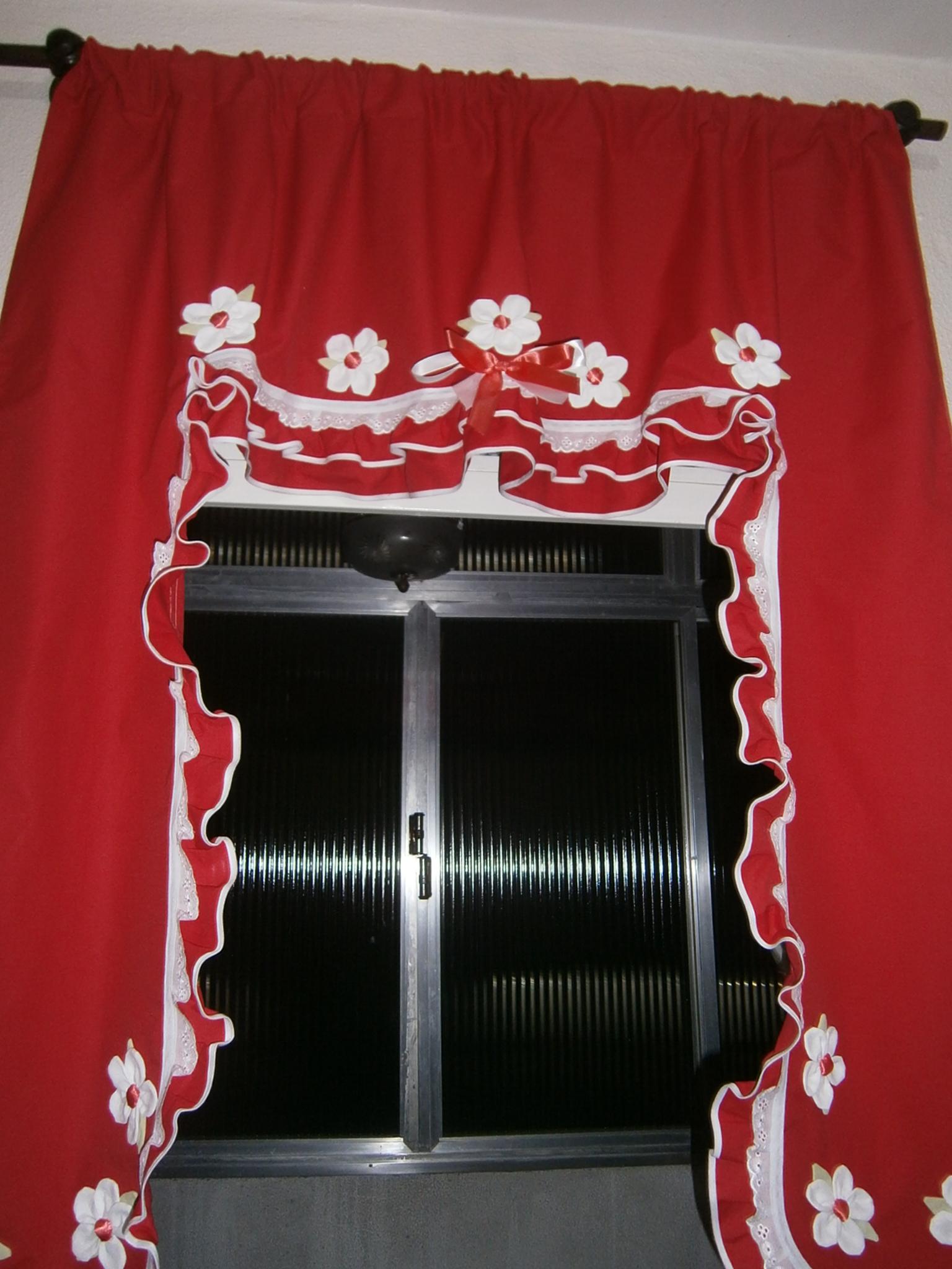 Cortina vermelha com branco boutique d arts francine colovini elo7 - Cortina boutique ...