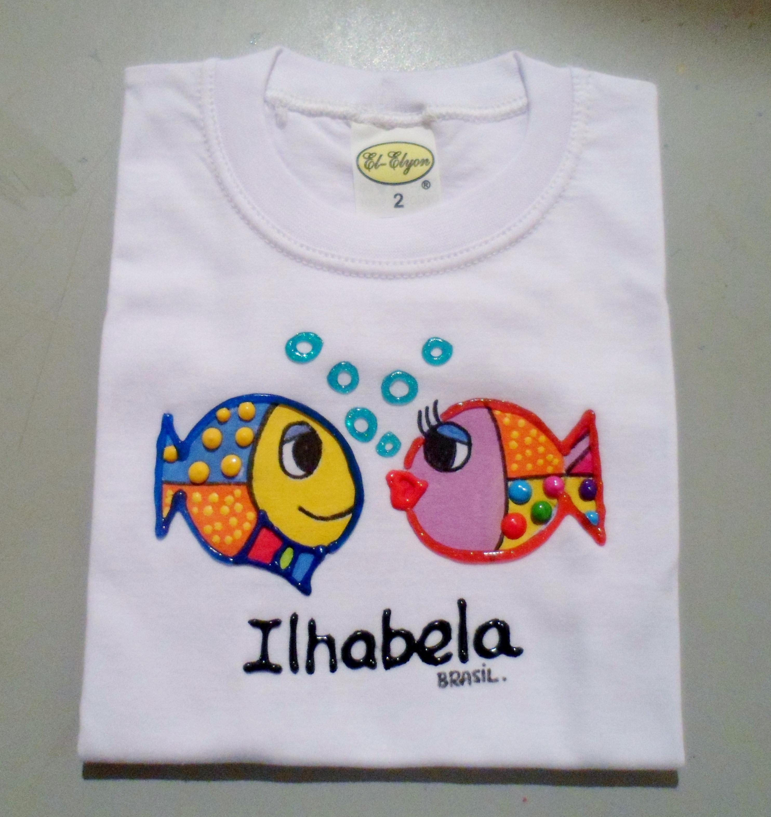 Camiseta peixinhos brito alto relevo juju artes - Pintura para camisetas ...