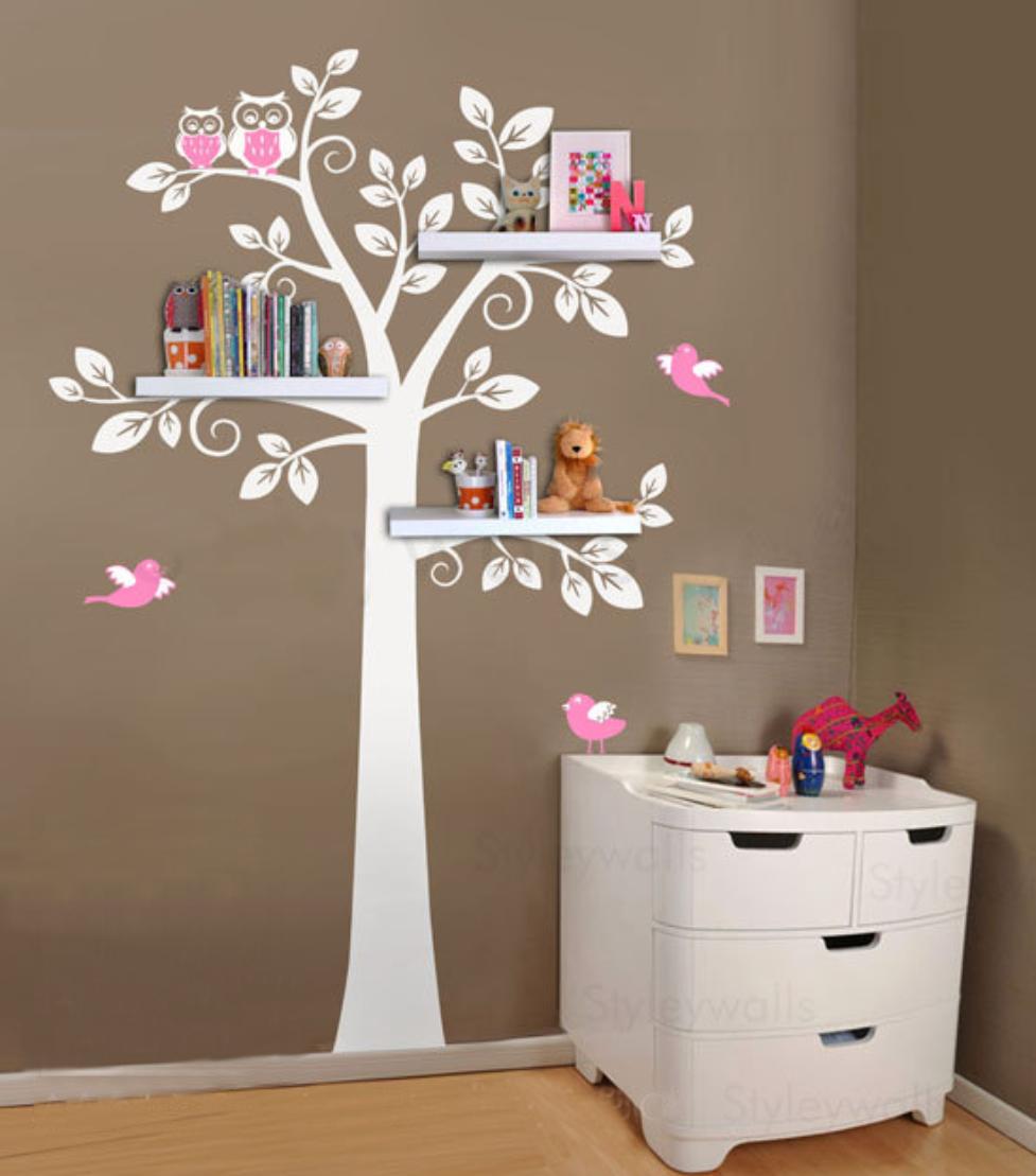Дерево на стене своими руками с полками