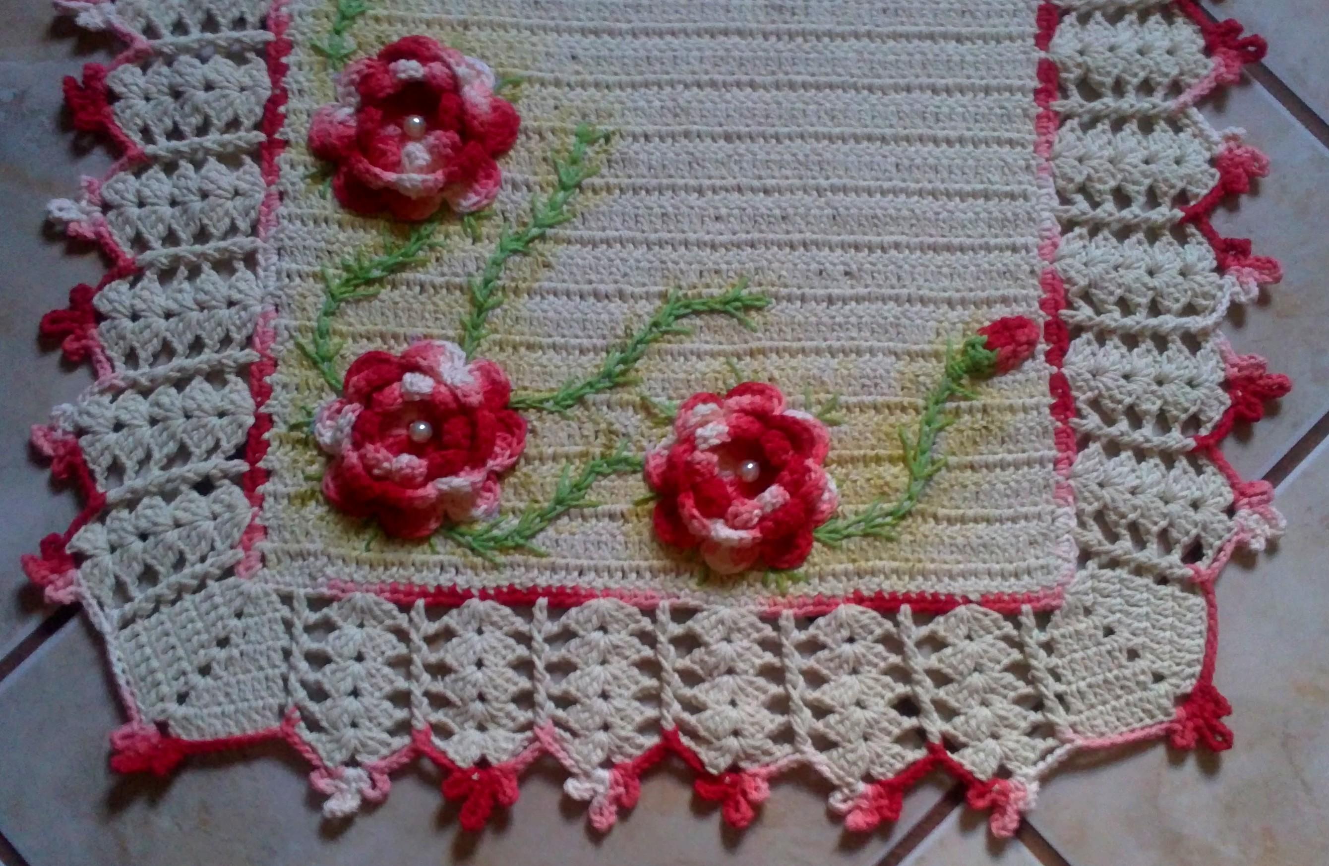 tapetes de crochê barroco com flores e bordado