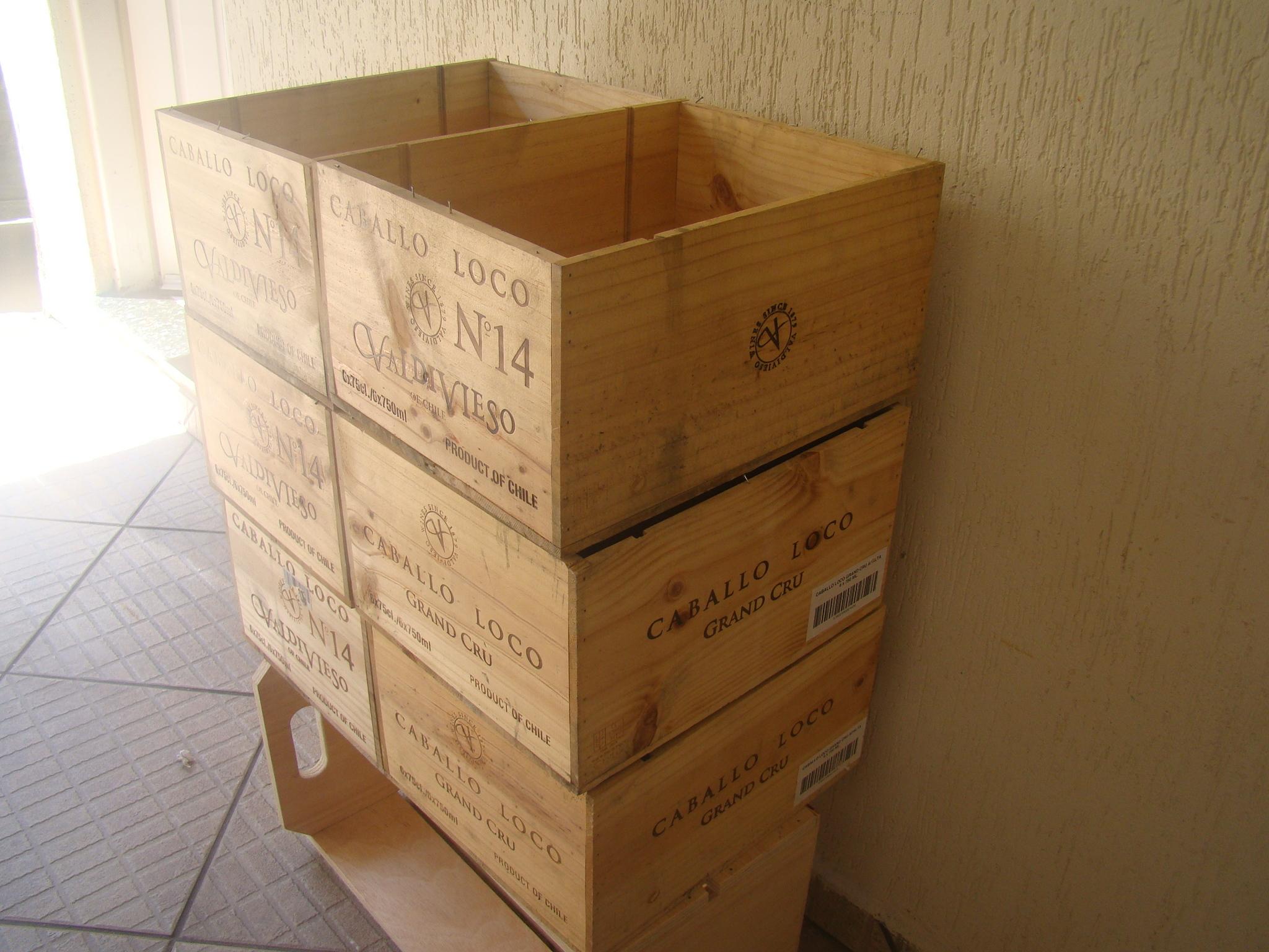 caixas de madeira de vinho parede caixas de madeira de vinho caixas de #68441F 2048x1536