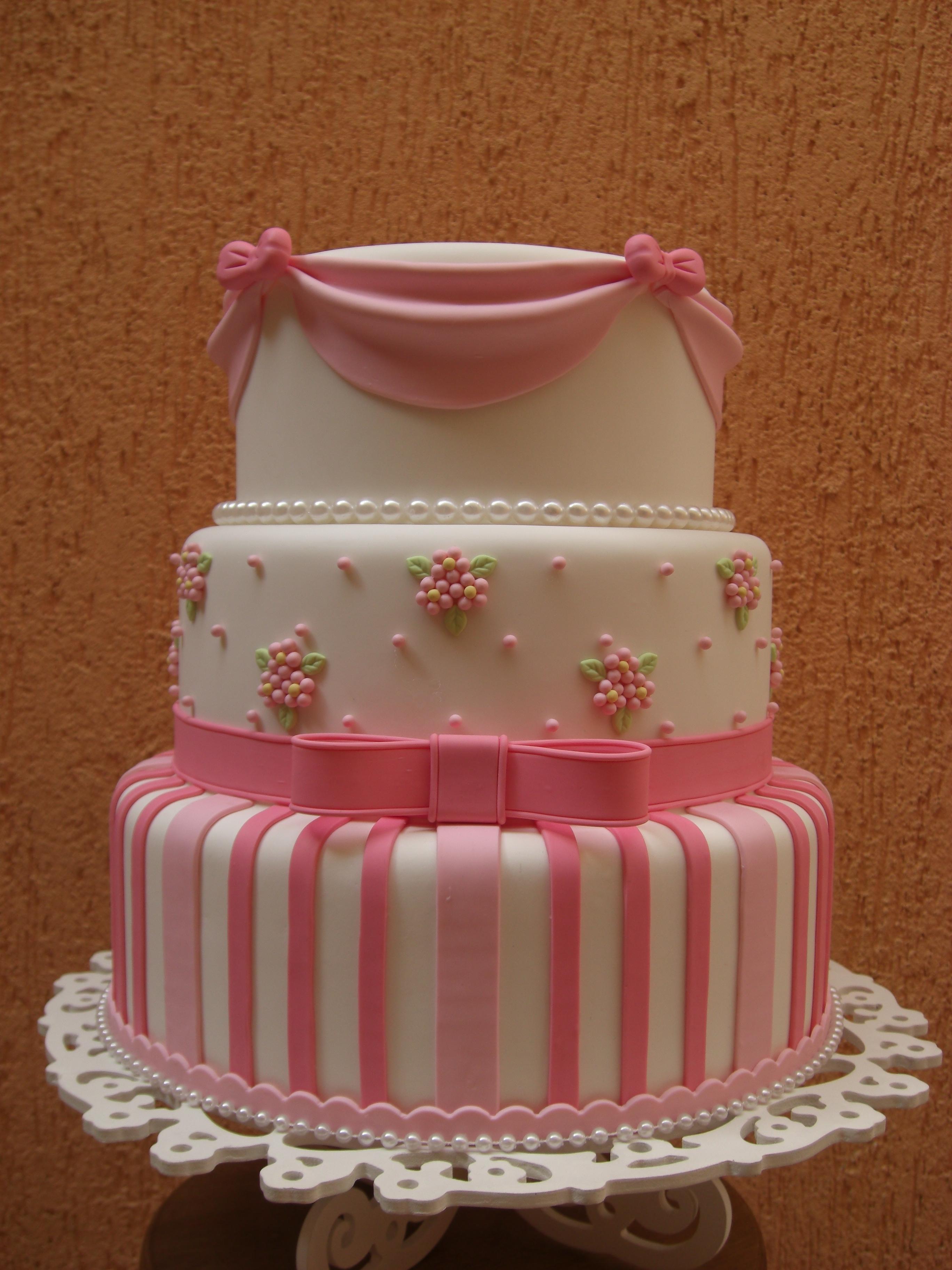decoracao de bolo jardim encantado:Bolo cenográfico jardim encantado rosa