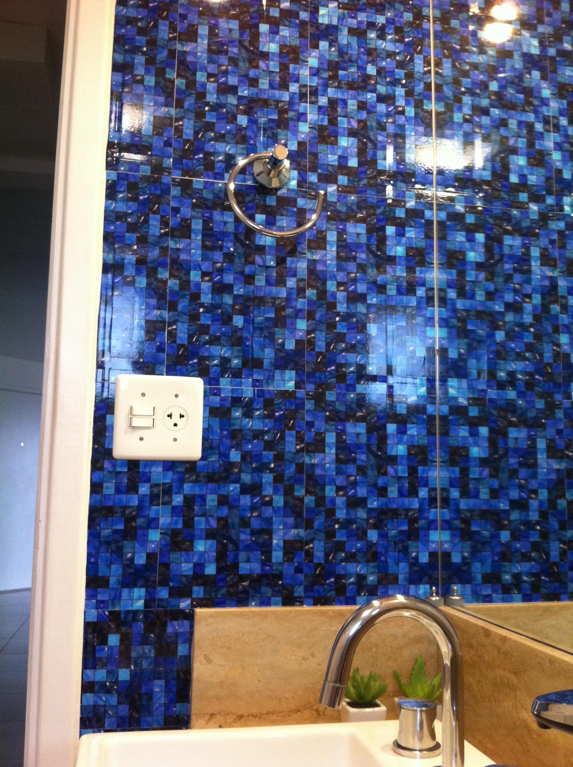 adesivo pastilha azul frete gratis parede kit adesivo pastilha azul  #2463A7 1936x2592 Banheiro Com Pastilha Azul E Branco