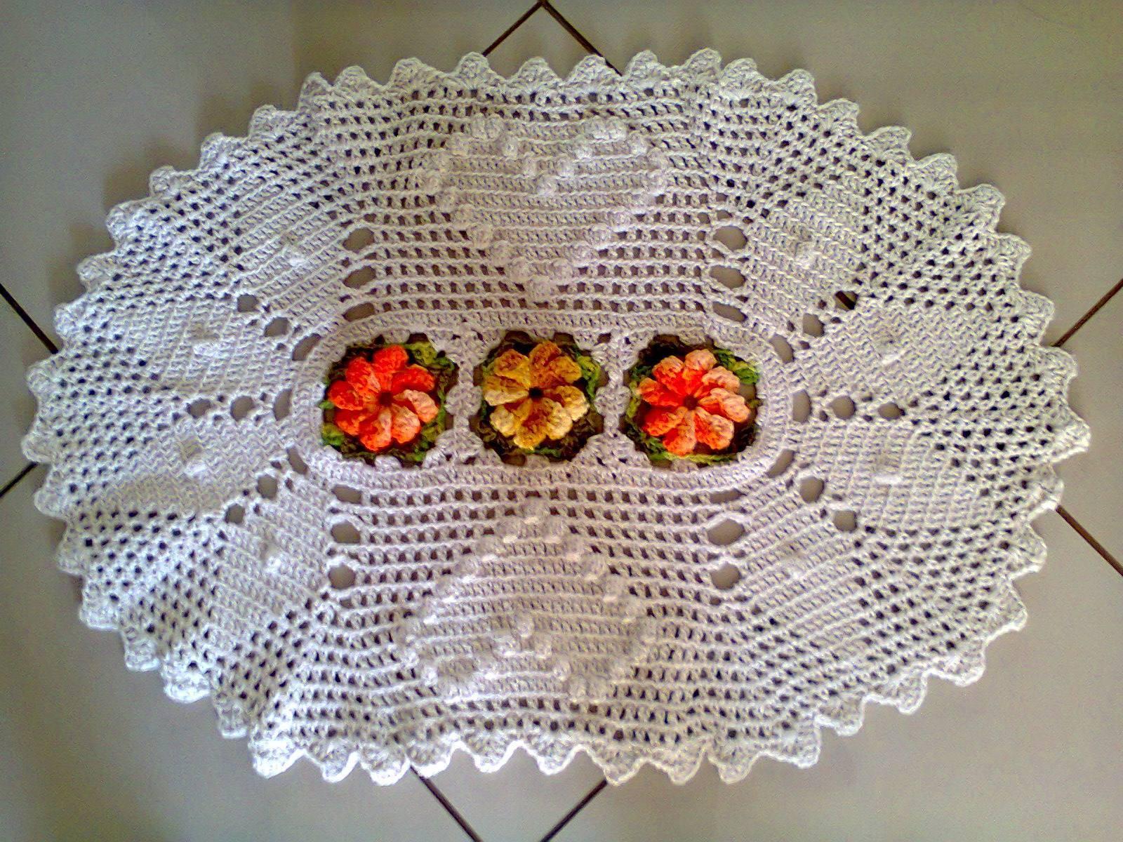 tapete de croche oval com flores car interior design. Black Bedroom Furniture Sets. Home Design Ideas