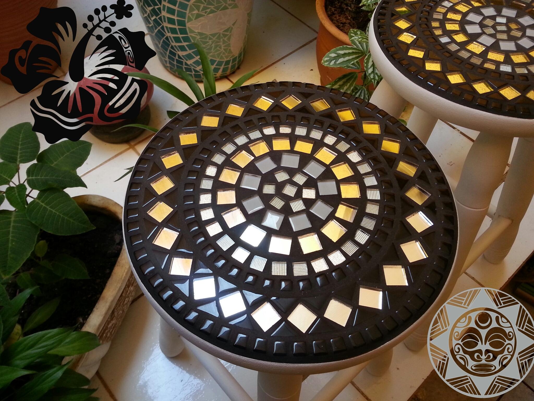 banqueta de madeira banco mosaico personalizado pintado banqueta de  #BB8F10 2048x1536