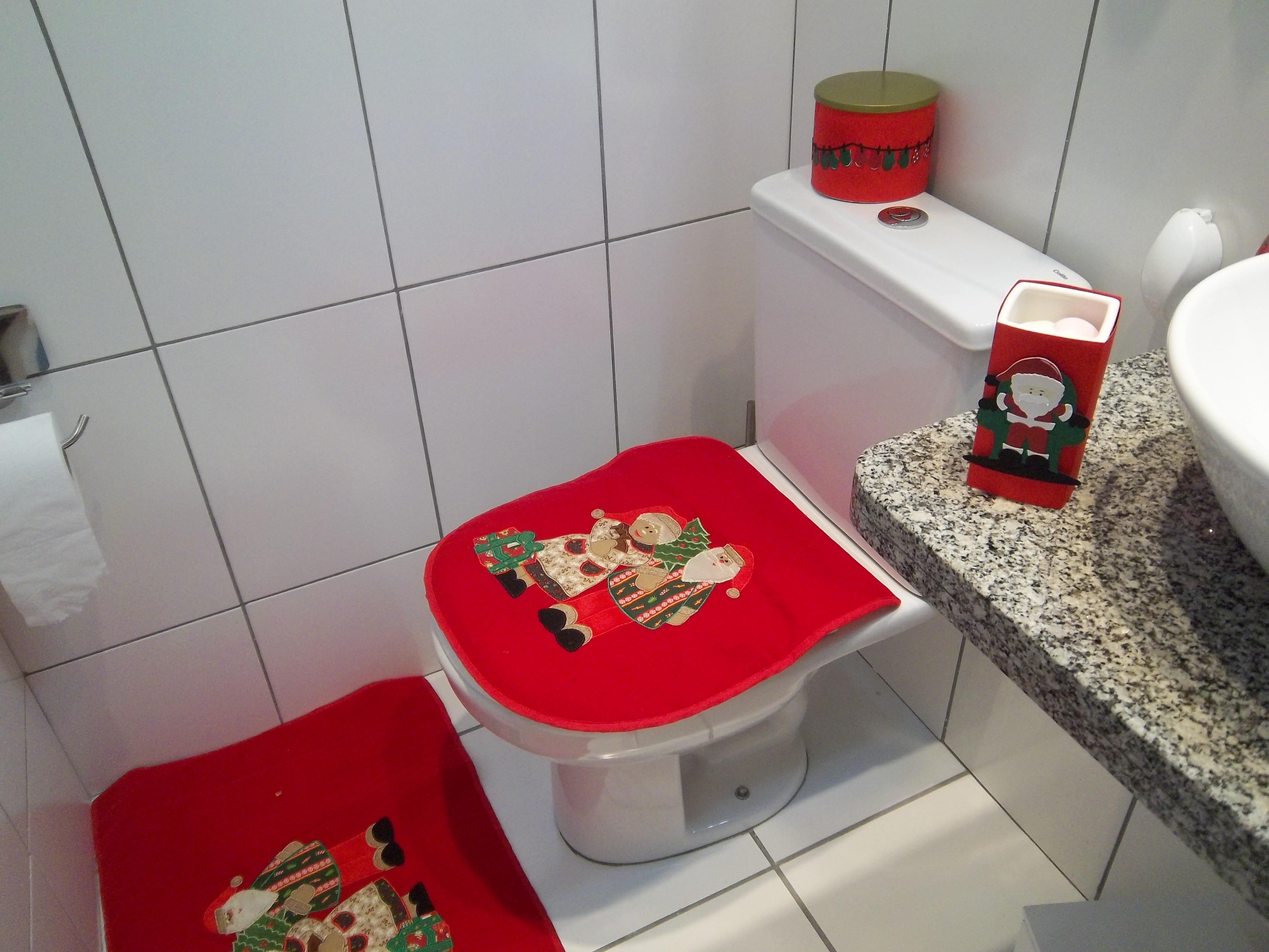 #BE031E decoracao banheiro papel higienico:decoracao lata papel higienico  4288x3216 px Banheiro Entupido Com Papel Higienico 3197
