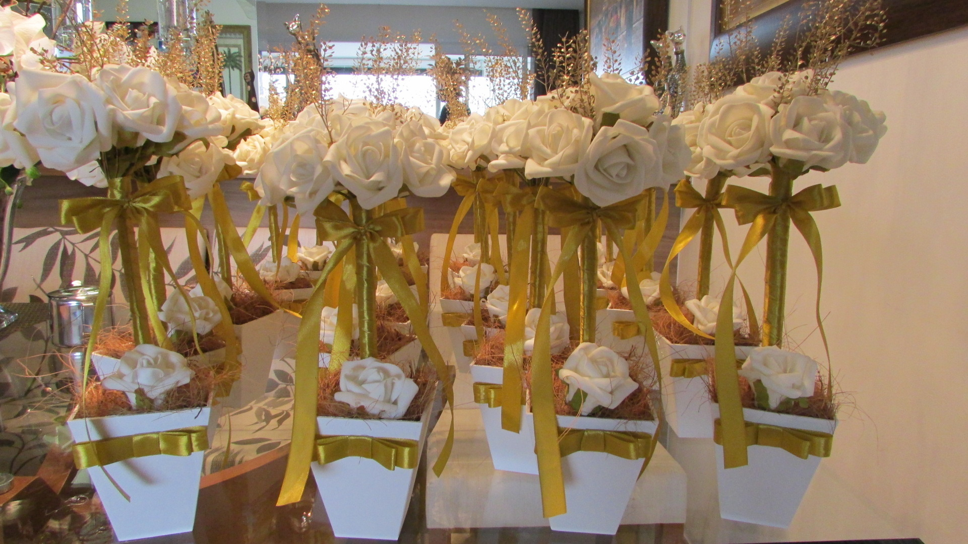 decoracao branca e dourada para casamento : decoracao branca e dourada para casamento:topiara branco e dourado i topiara flores topiara branco e dourado i