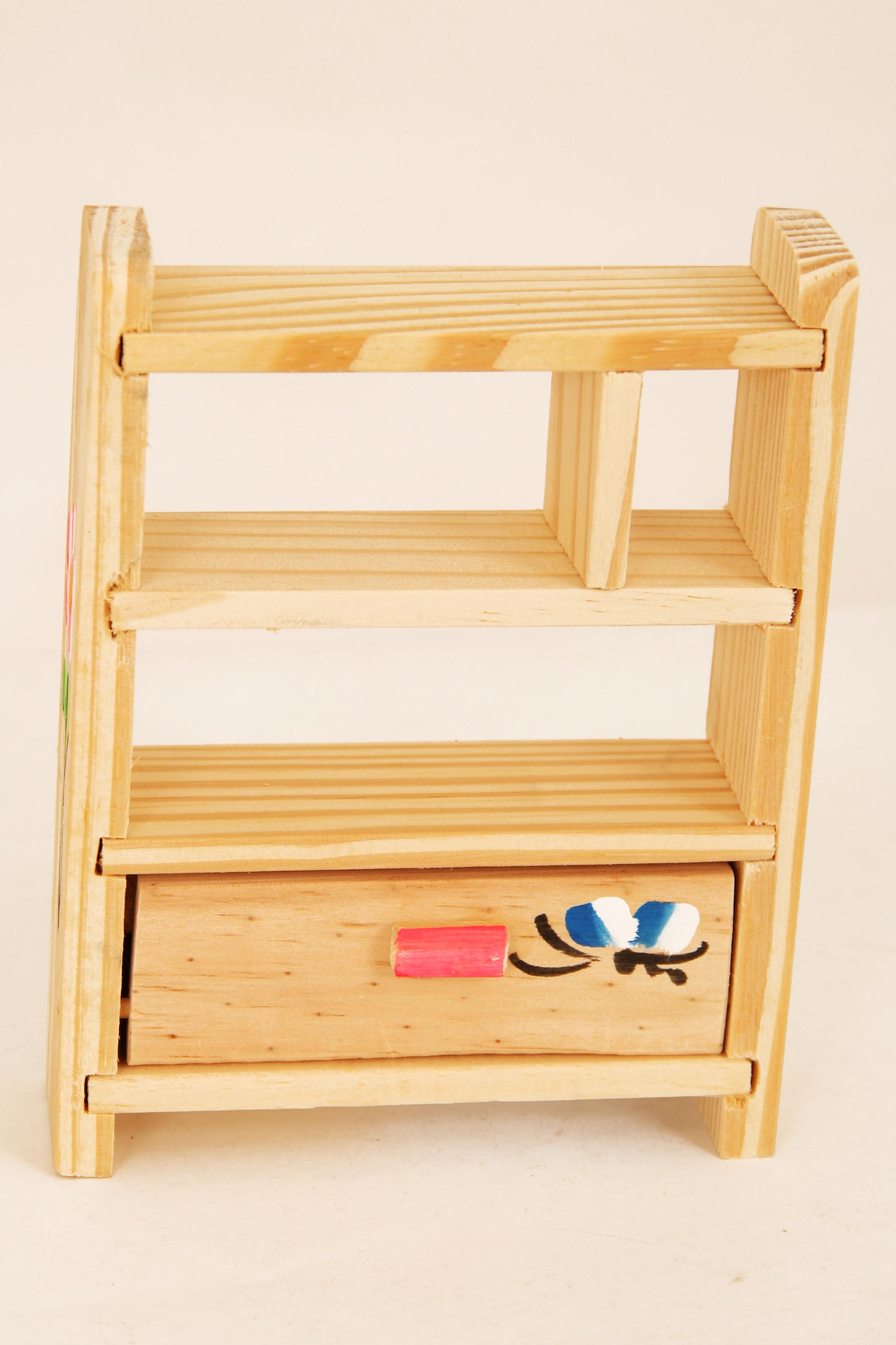 ref 400 3 estante em madeira decorada brinquedo de madeira.jpg #B67615 2592x3888