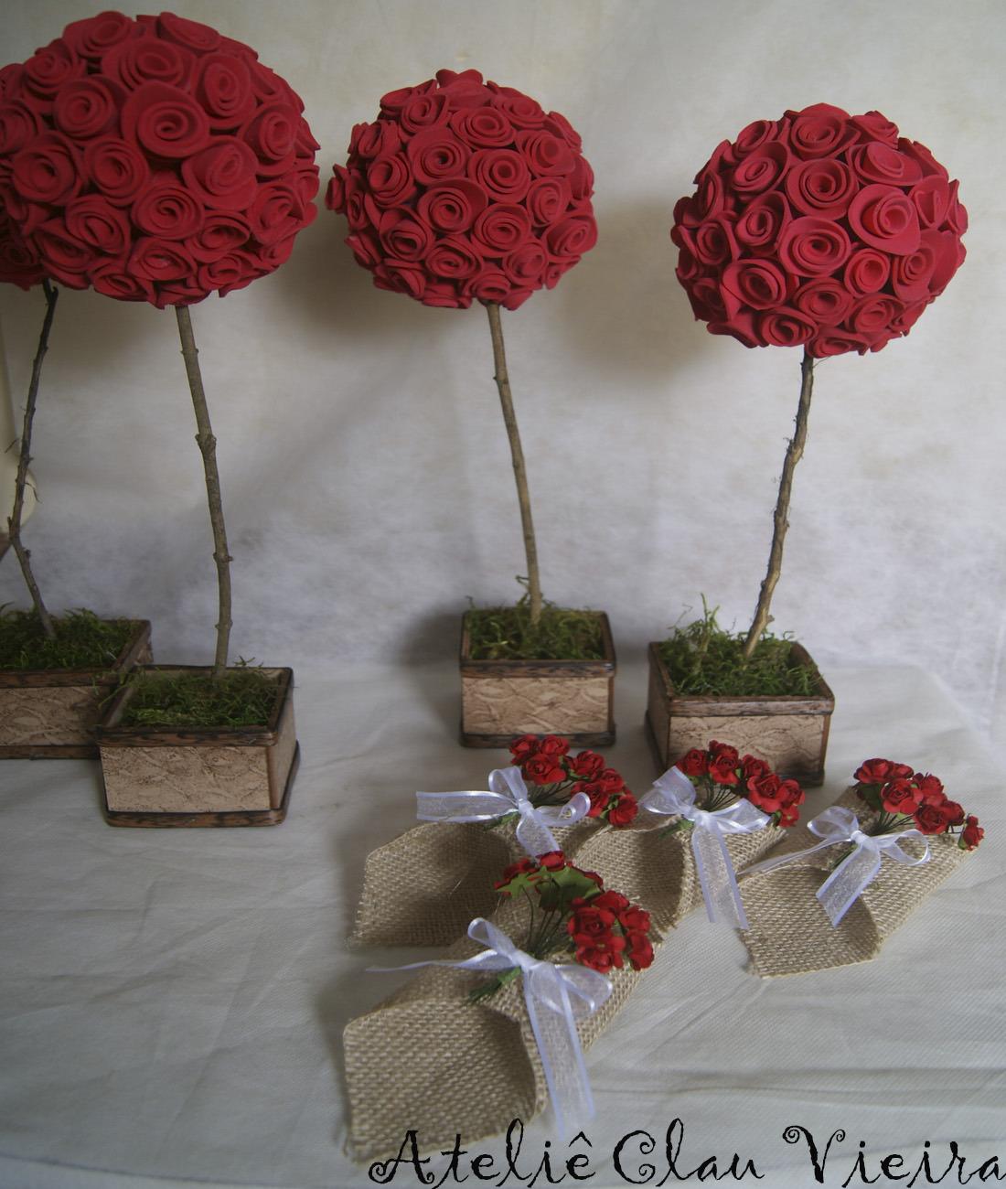 vasos decorativos para casamento com rosas vermelhas
